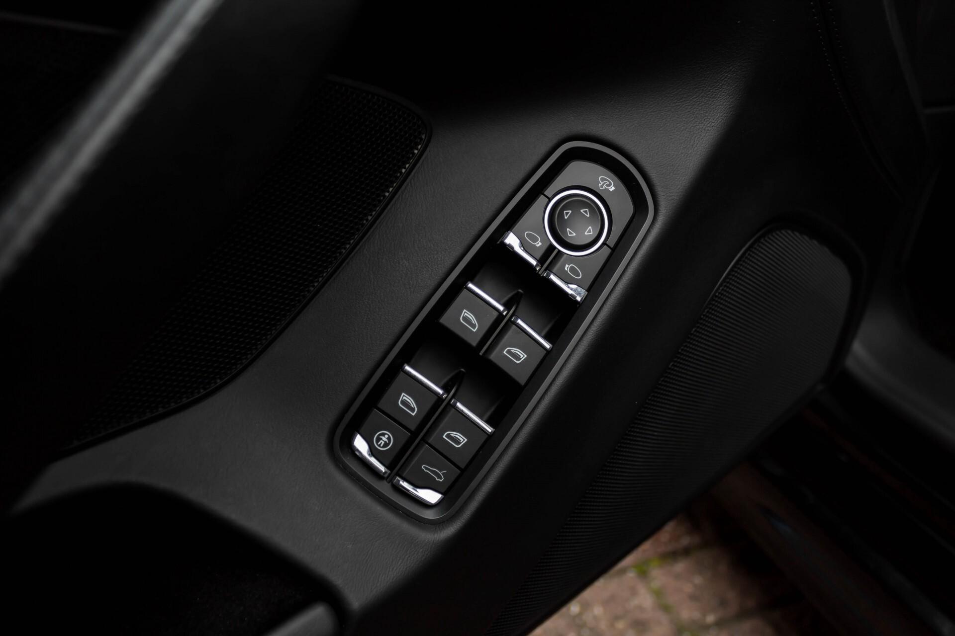 Porsche Panamera 3.6 4 Sportchrono/Luchtvering/Dak/Nappa/Aut7 Foto 32