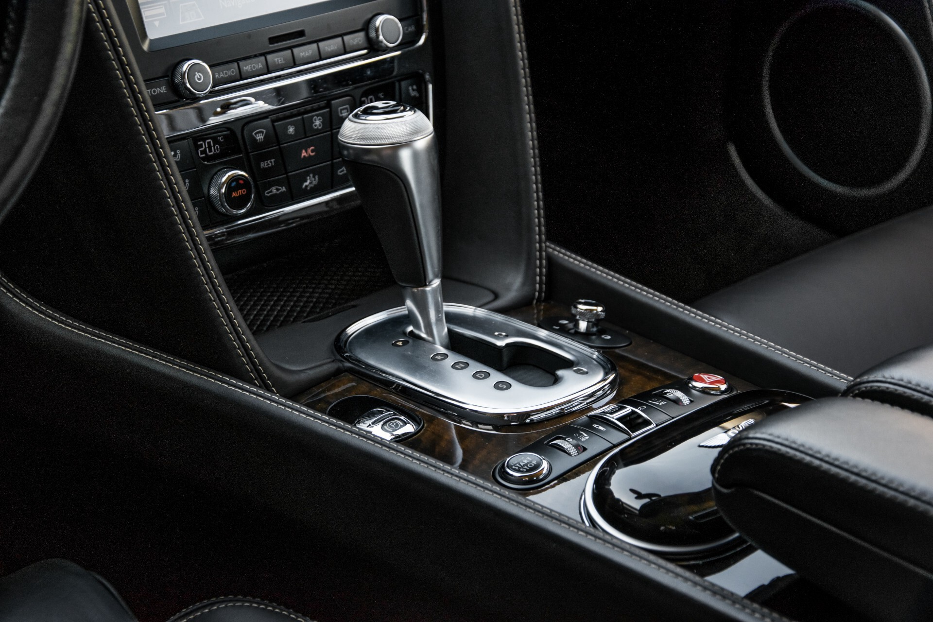 Bentley Continental GT 4.0 V8 GTC Havannabruin Aut8 Foto 33