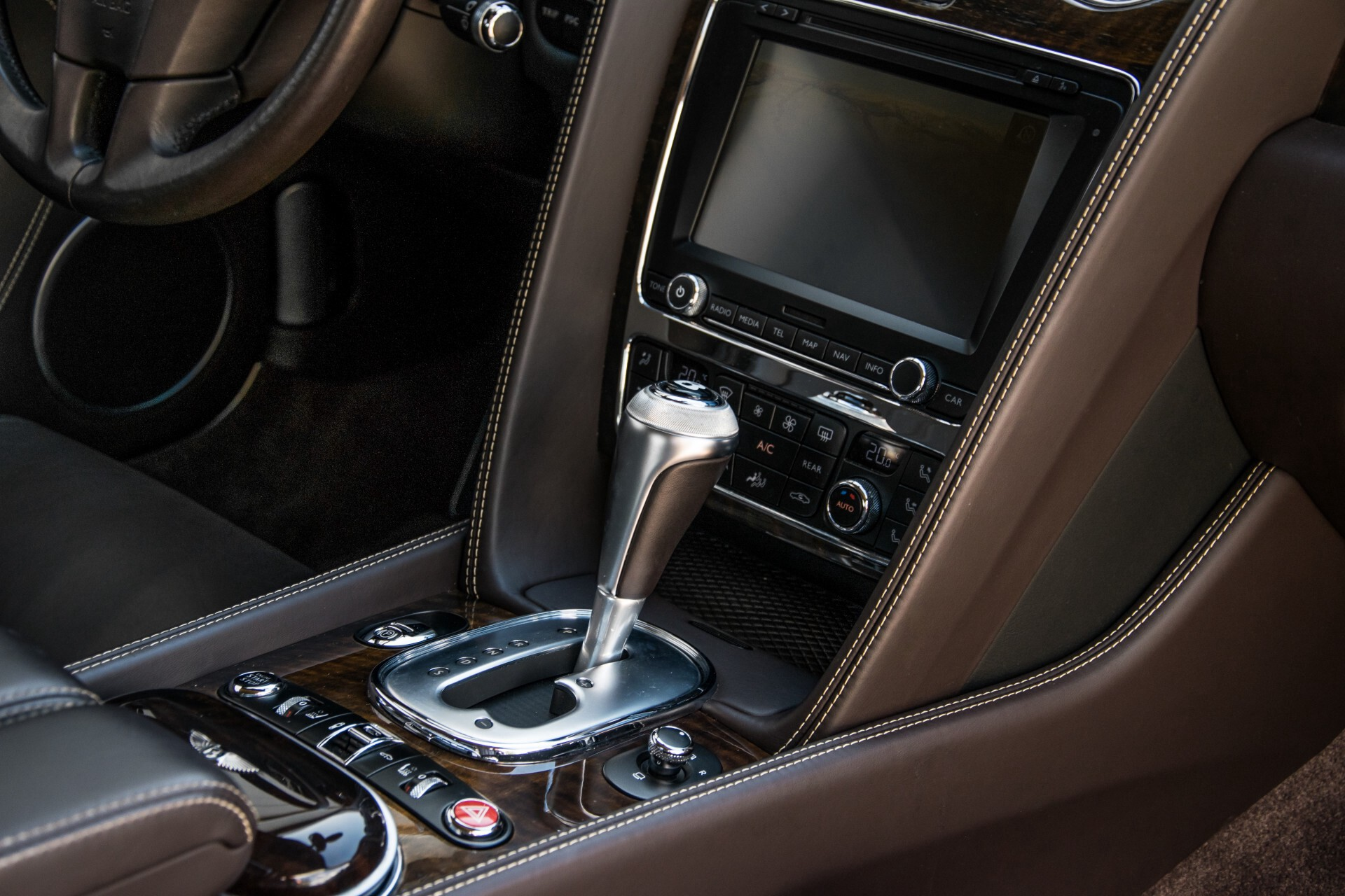 Bentley Continental GT 4.0 V8 GTC Havannabruin Aut8 Foto 43