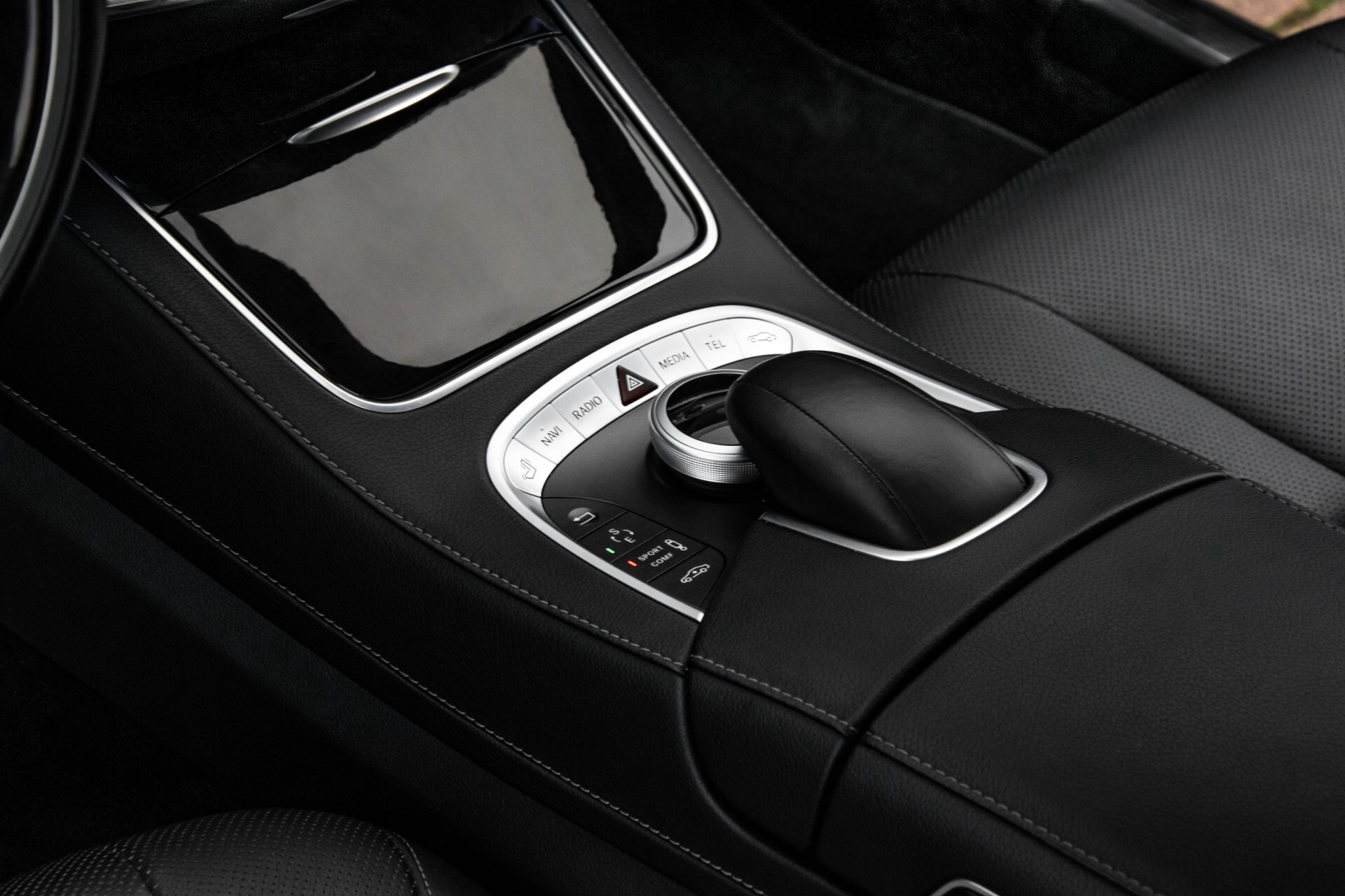 Mercedes-Benz S-Klasse 500 4M AMG Panorama/Standkachel/Massage/Entertainment/TV Aut7 Foto 31