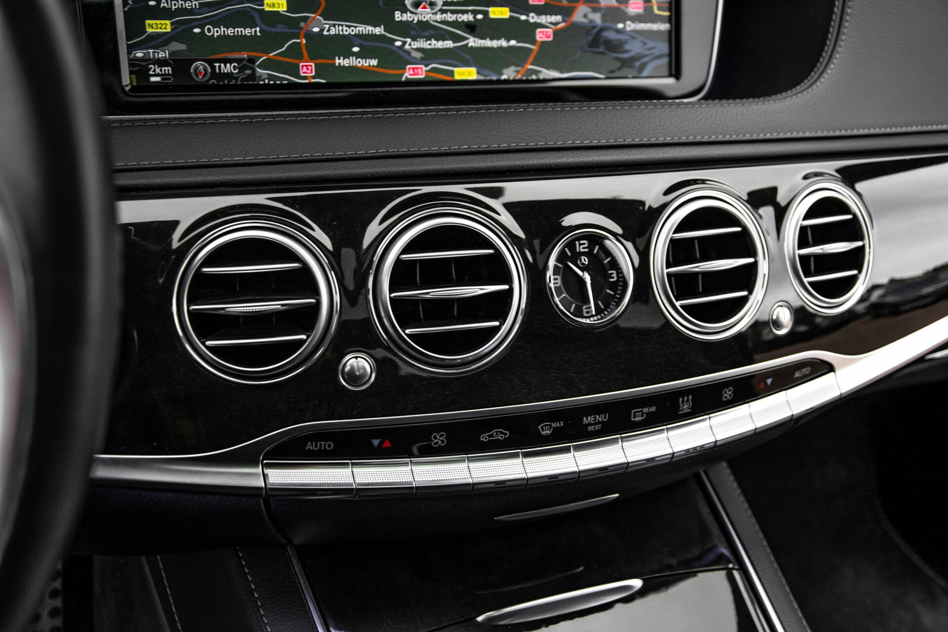 Mercedes-Benz S-Klasse 500 4-M AMG Panorama/Standkachel/Massage/Entertainment/TV Aut7 Foto 35