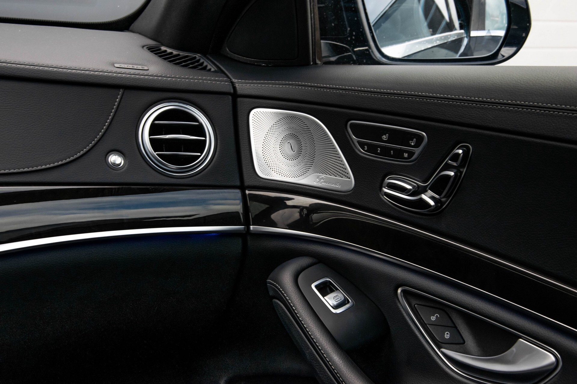 Mercedes-Benz S-Klasse 500 4M AMG Panorama/Standkachel/Massage/Entertainment/TV Aut7 Foto 50