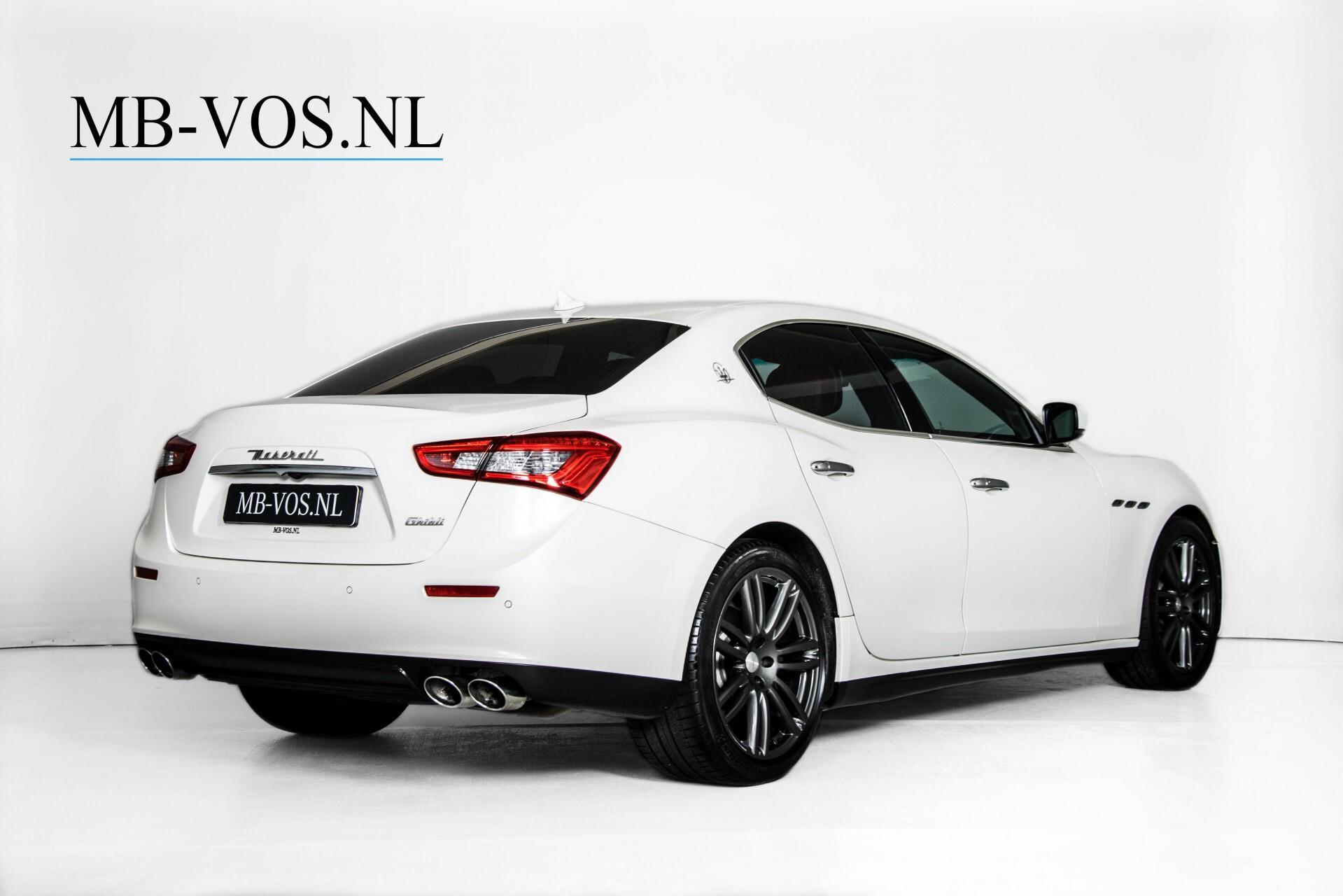 Maserati Ghibli 3.0d V6 20''/PremiumPack/Keyless/StoelV/Xenon/Navi Aut8 Foto 2