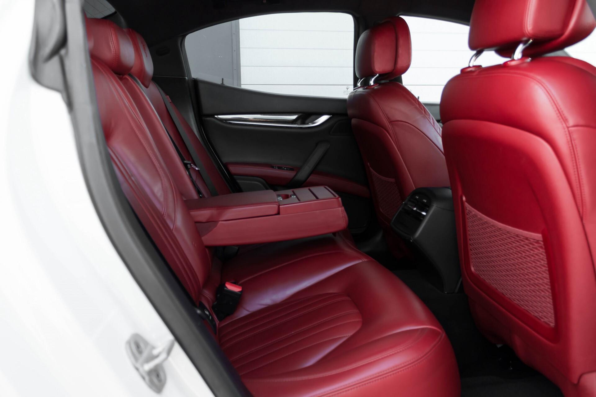 Maserati Ghibli 3.0d V6 20''/PremiumPack/Keyless/StoelV/Xenon/Navi Aut8 Foto 5