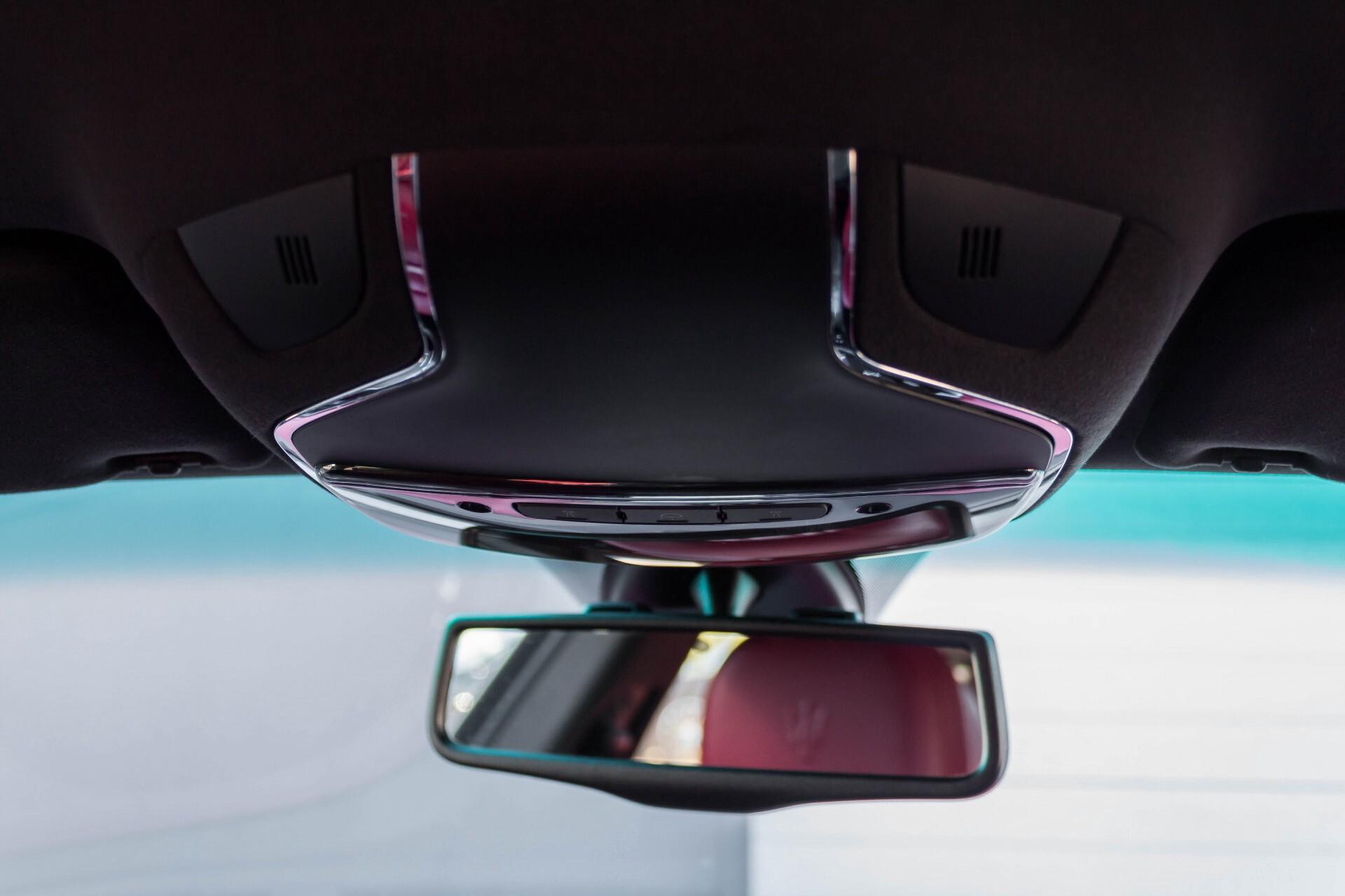 Maserati Ghibli 3.0d V6 Carbon/20''/Camera/PremiumPack/Keyless/Xenon/Navi Aut8 Foto 51
