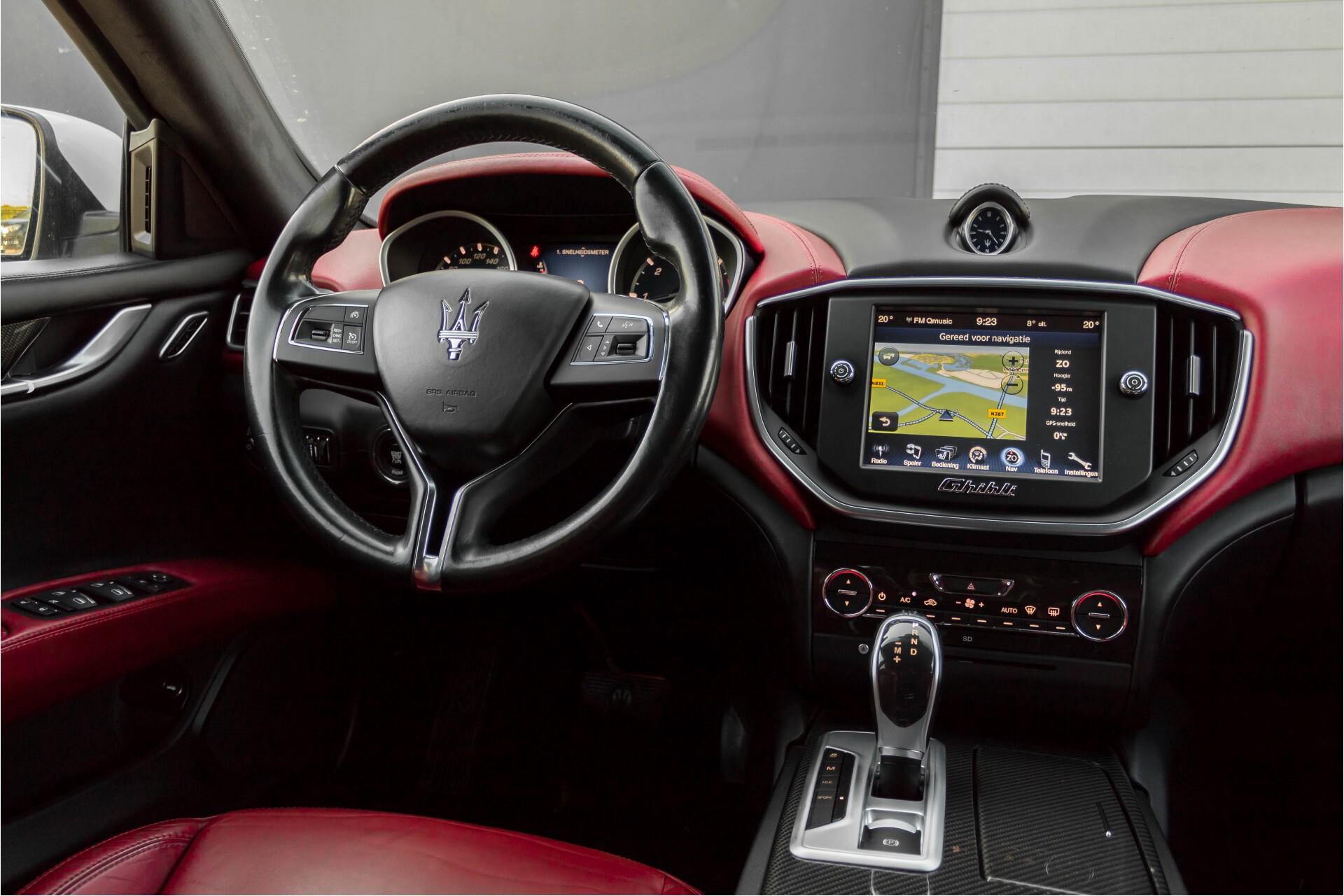 Maserati Ghibli 3.0d V6 20''/PremiumPack/Keyless/StoelV/Xenon/Navi Aut8 Foto 7