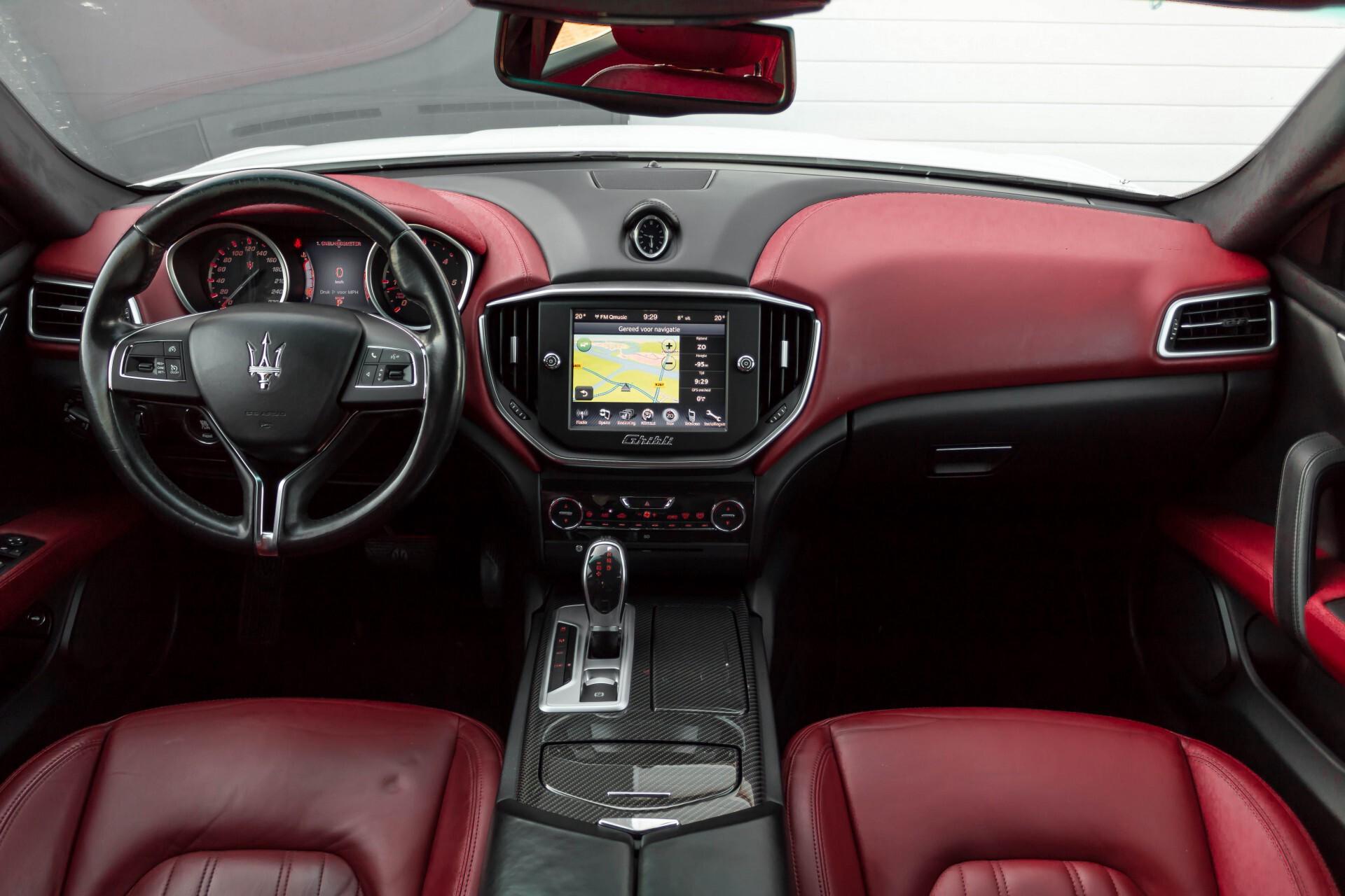 Maserati Ghibli 3.0d V6 20''/PremiumPack/Keyless/StoelV/Xenon/Navi Aut8 Foto 8