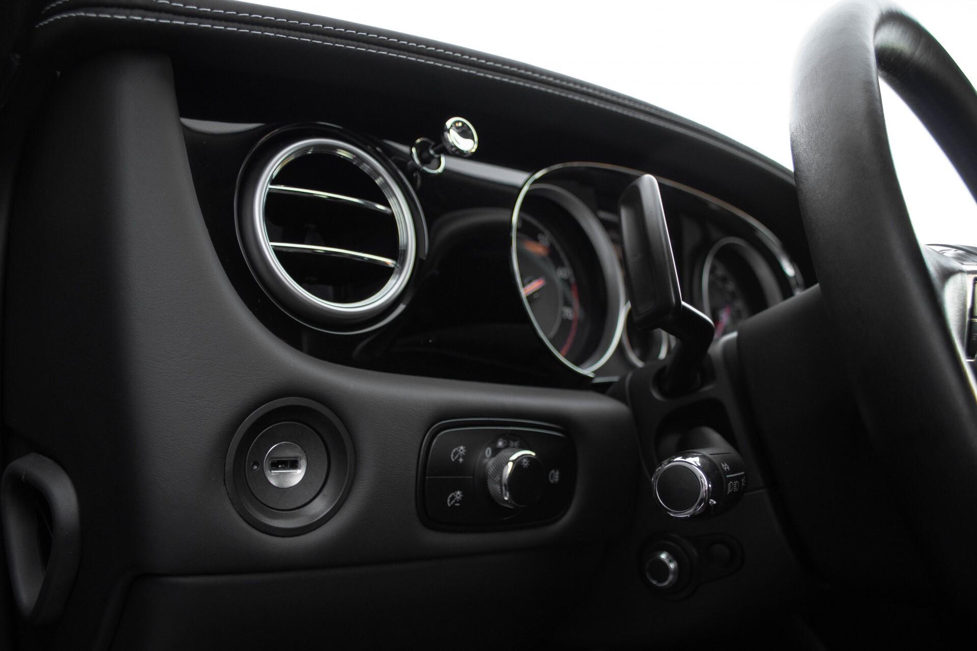 Bentley Continental GT 4.0 V8 GT Mulliner Aut8 Foto 27