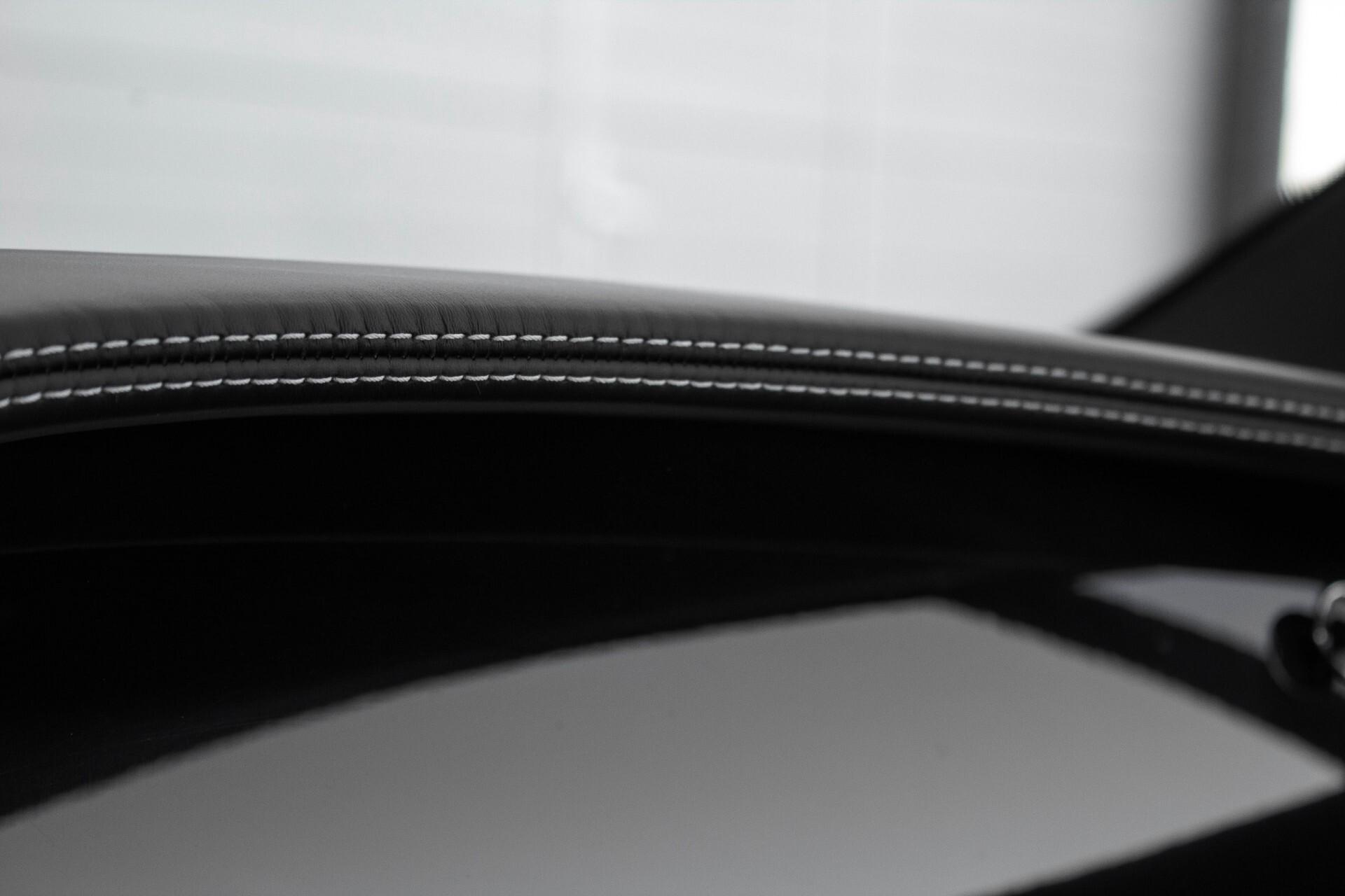 Bentley Continental GT 4.0 V8 GT Mulliner Aut8 Foto 34