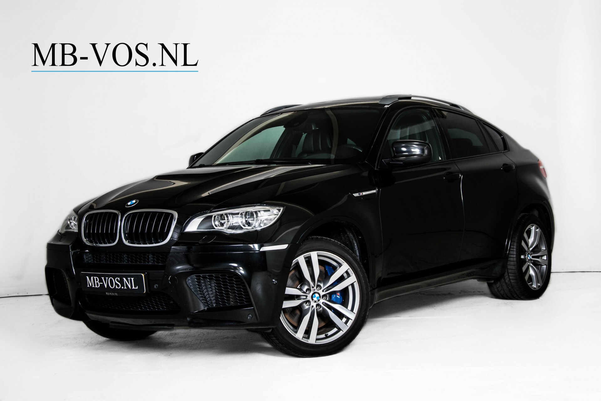 BMW X6 4.4i M Pano/Adaptive Drive/HUD/Keyless/360camera/TV/Drivers Pack/Entertainment/Shadowline Aut6 Foto 1