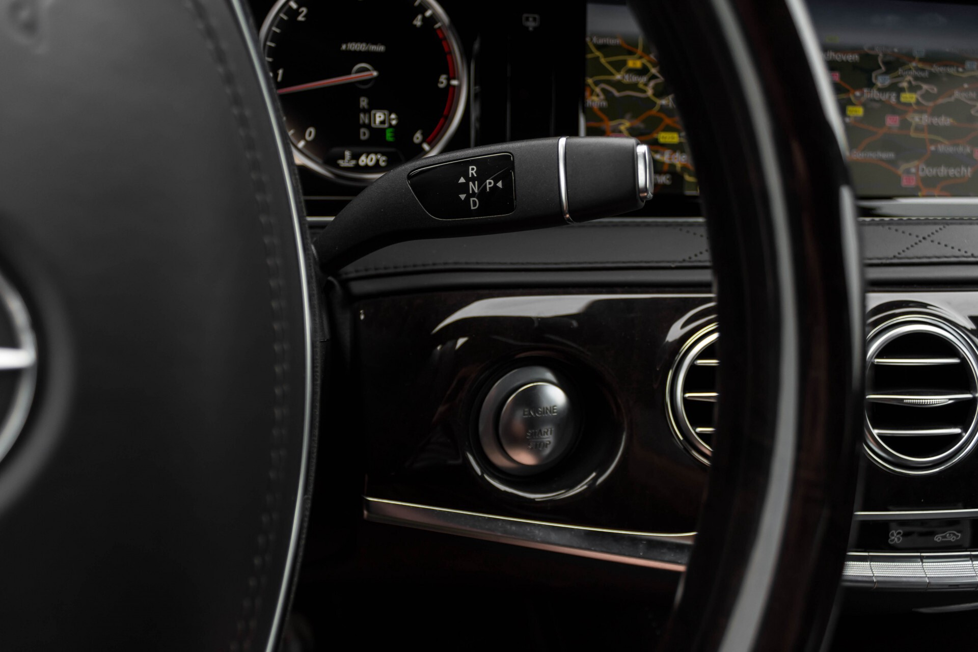 Mercedes-Benz S-Klasse 350 Bluetec Exclusive Panorama/Massage/Keyless/Distronic/Standkachel Aut7 Foto 14