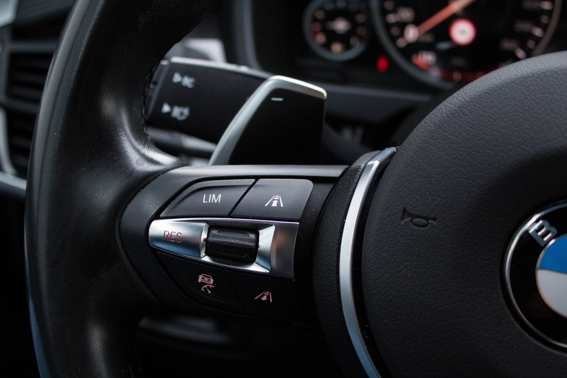 BMW X6 5.0d M Adaptive Drive/Comfortacces/Softclose/Adaptive Cruise/Standkachel/360camera/HUD/DAB Aut8 Foto 10