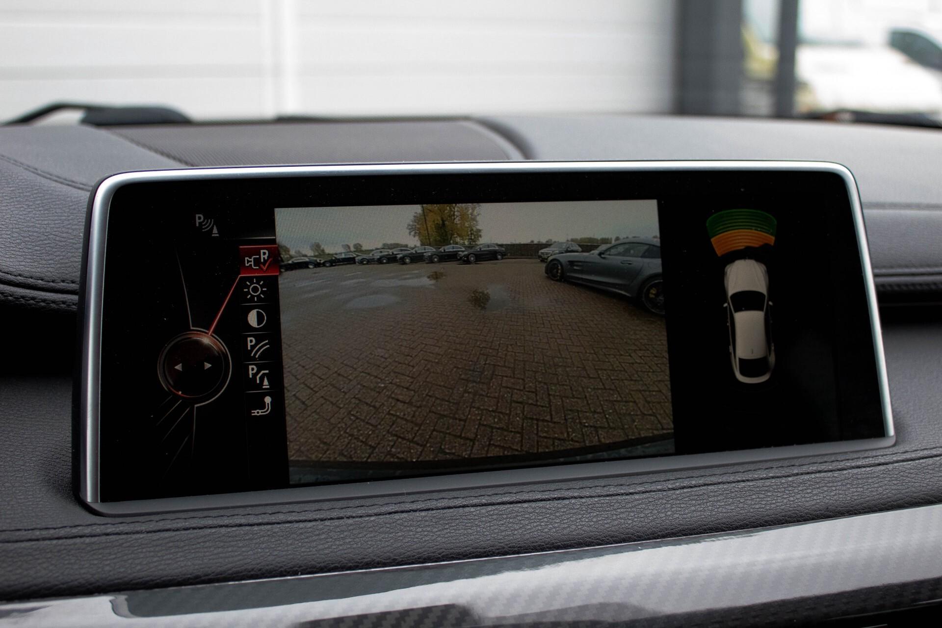 BMW X6 5.0d M Adaptive Drive/Comfortacces/Softclose/Adaptive Cruise/Standkachel/360camera/HUD/DAB Aut8 Foto 14