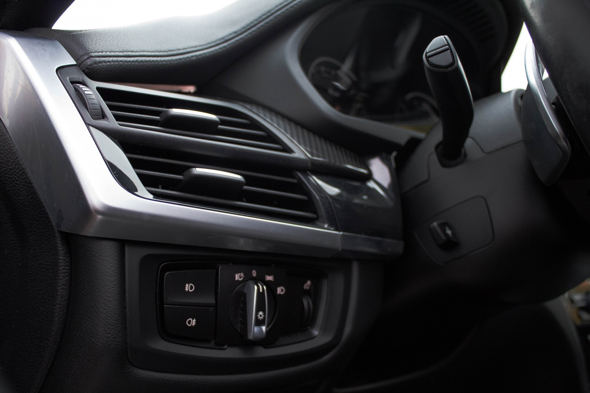 BMW X6 5.0d M Adaptive Drive/Comfortacces/Softclose/Adaptive Cruise/Standkachel/360camera/HUD/DAB Aut8 Foto 26