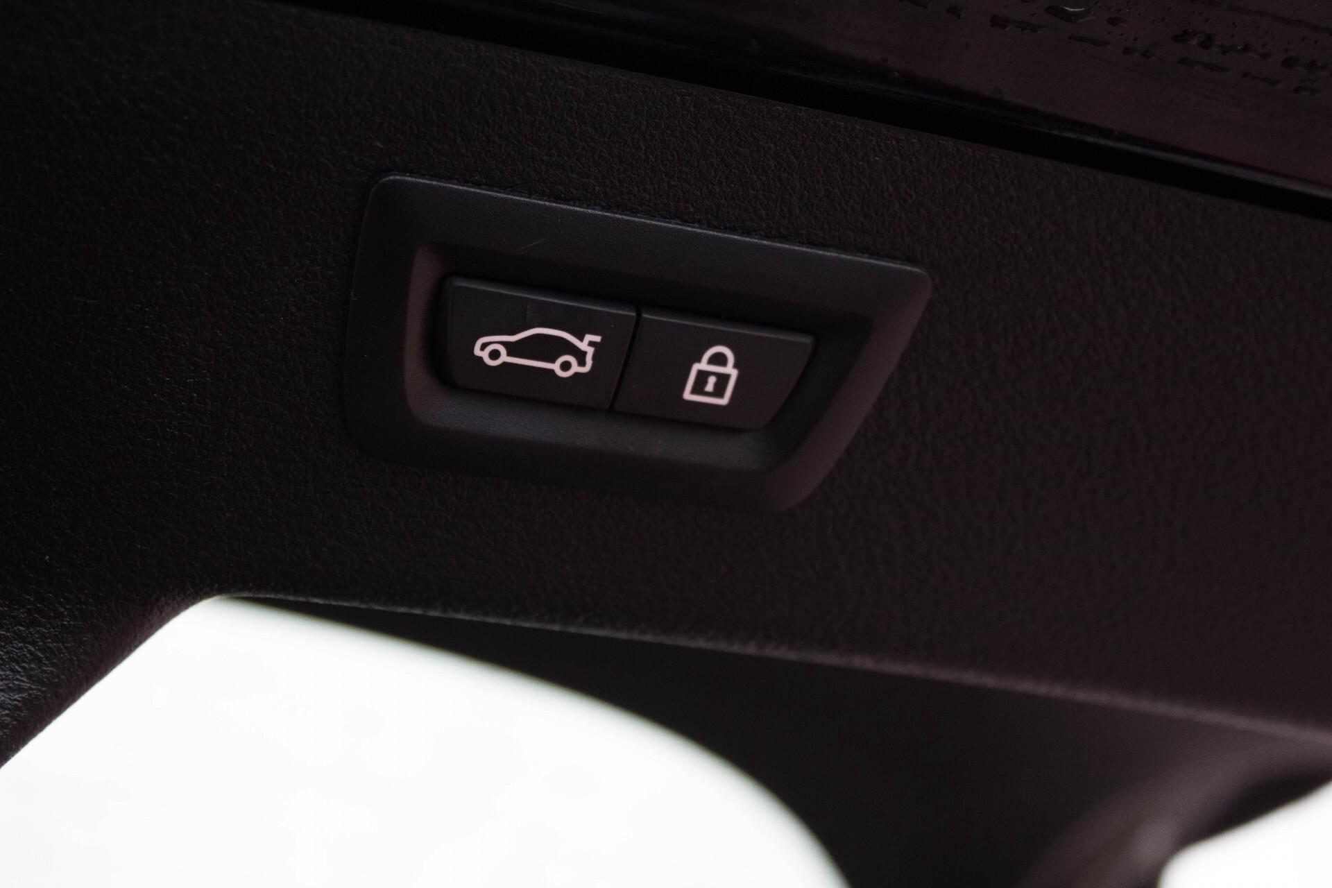 BMW X6 5.0d M Adaptive Drive/Comfortacces/Softclose/Adaptive Cruise/Standkachel/360camera/HUD/DAB Aut8 Foto 35