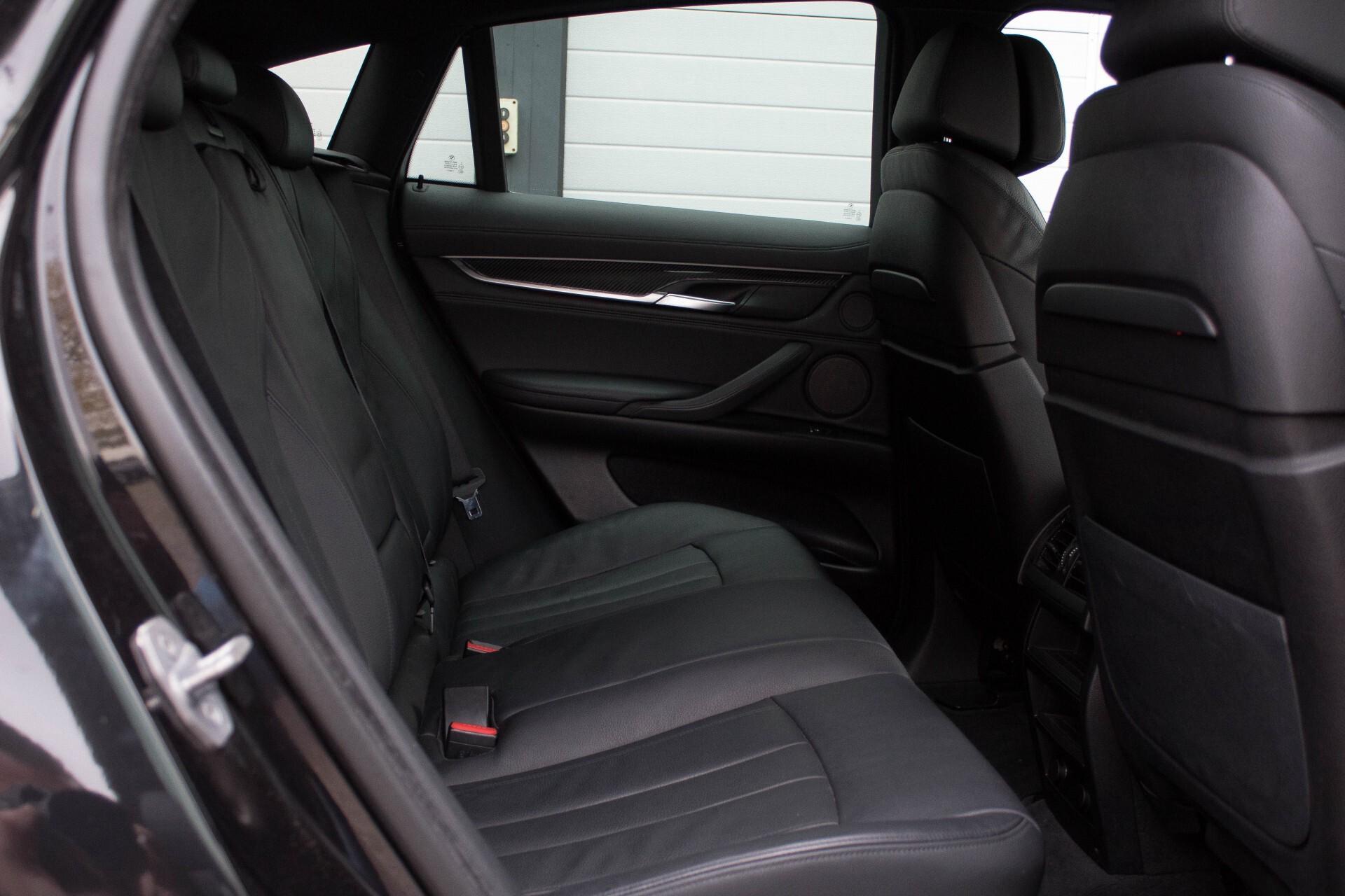 BMW X6 5.0d M Adaptive Drive/Comfortacces/Softclose/Adaptive Cruise/Standkachel/360camera/HUD/DAB Aut8 Foto 4