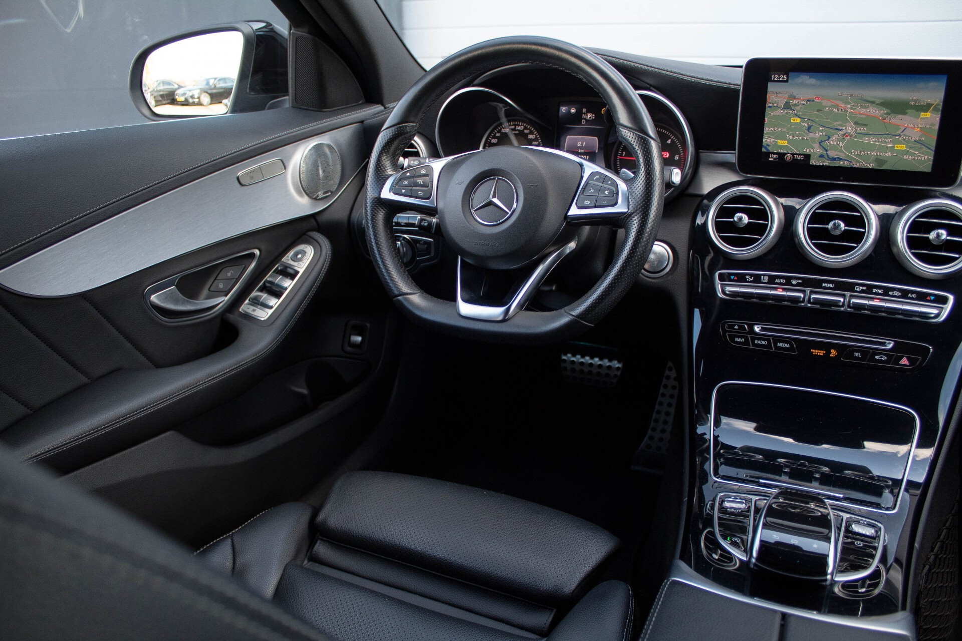 Mercedes-Benz C-Klasse Estate 250 Bluetec AMG Panorama/Distronic/Keyless/Head-Up/Burmester/Comand Aut7 Foto 6