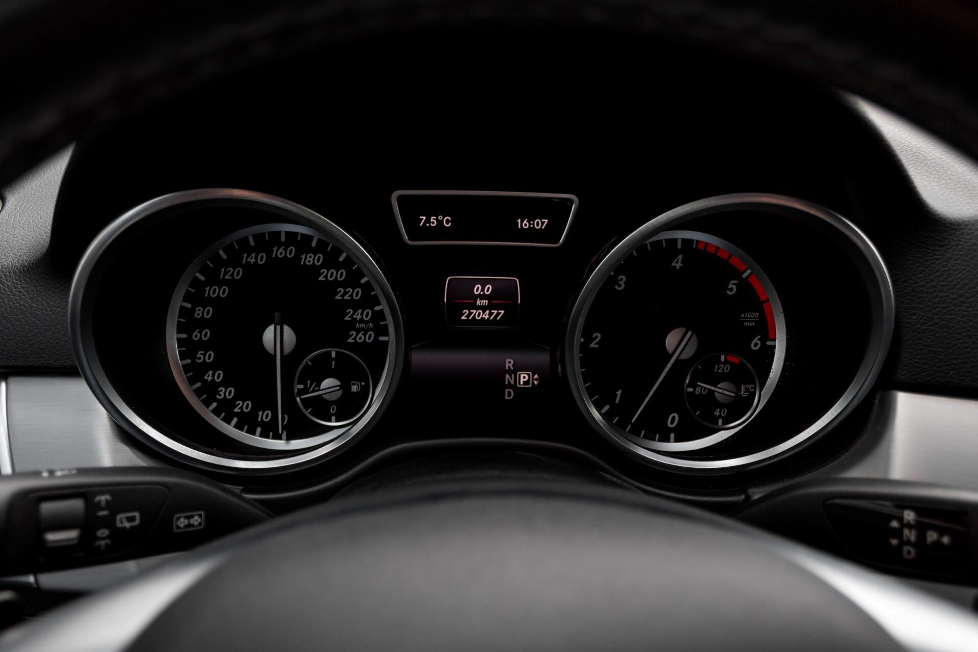 "Mercedes-Benz M-Klasse 350 Bluetec 4-M Luchtvering/Schuifdak/ILS/Wegkl-trekhaak/18"" Aut7 Foto 12"