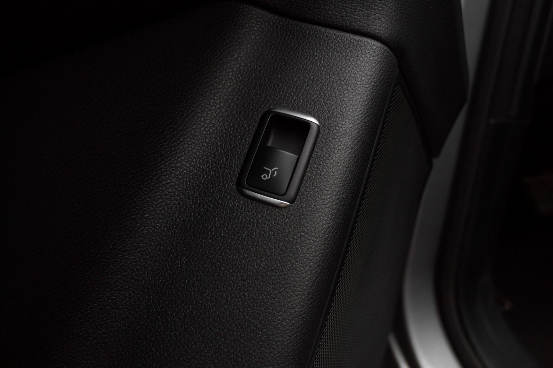 "Mercedes-Benz M-Klasse 350 Bluetec 4-M Luchtvering/Schuifdak/ILS/Wegkl-trekhaak/18"" Aut7 Foto 35"