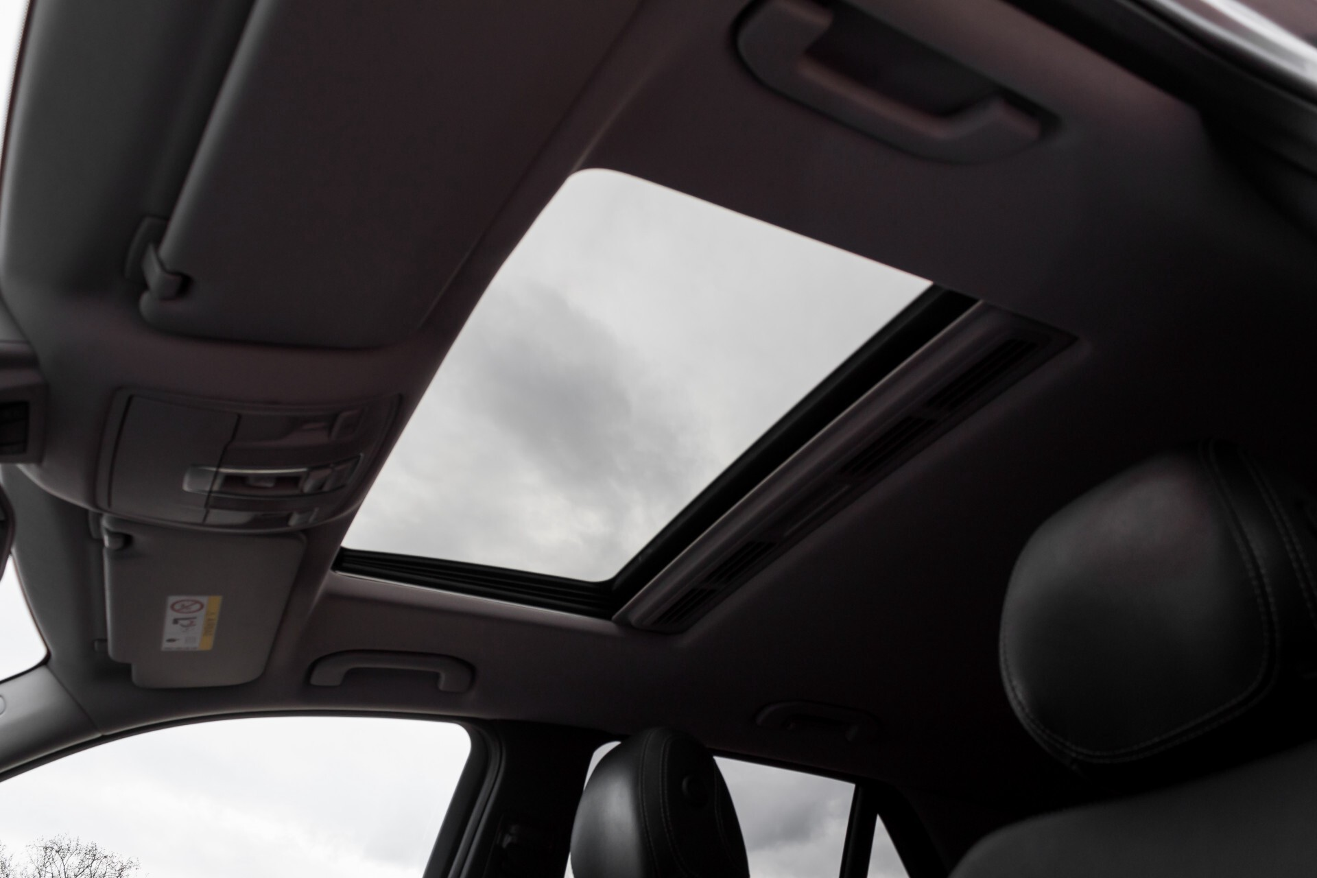 "Mercedes-Benz M-Klasse 350 Bluetec 4-M Luchtvering/Schuifdak/ILS/Wegkl-trekhaak/18"" Aut7 Foto 41"