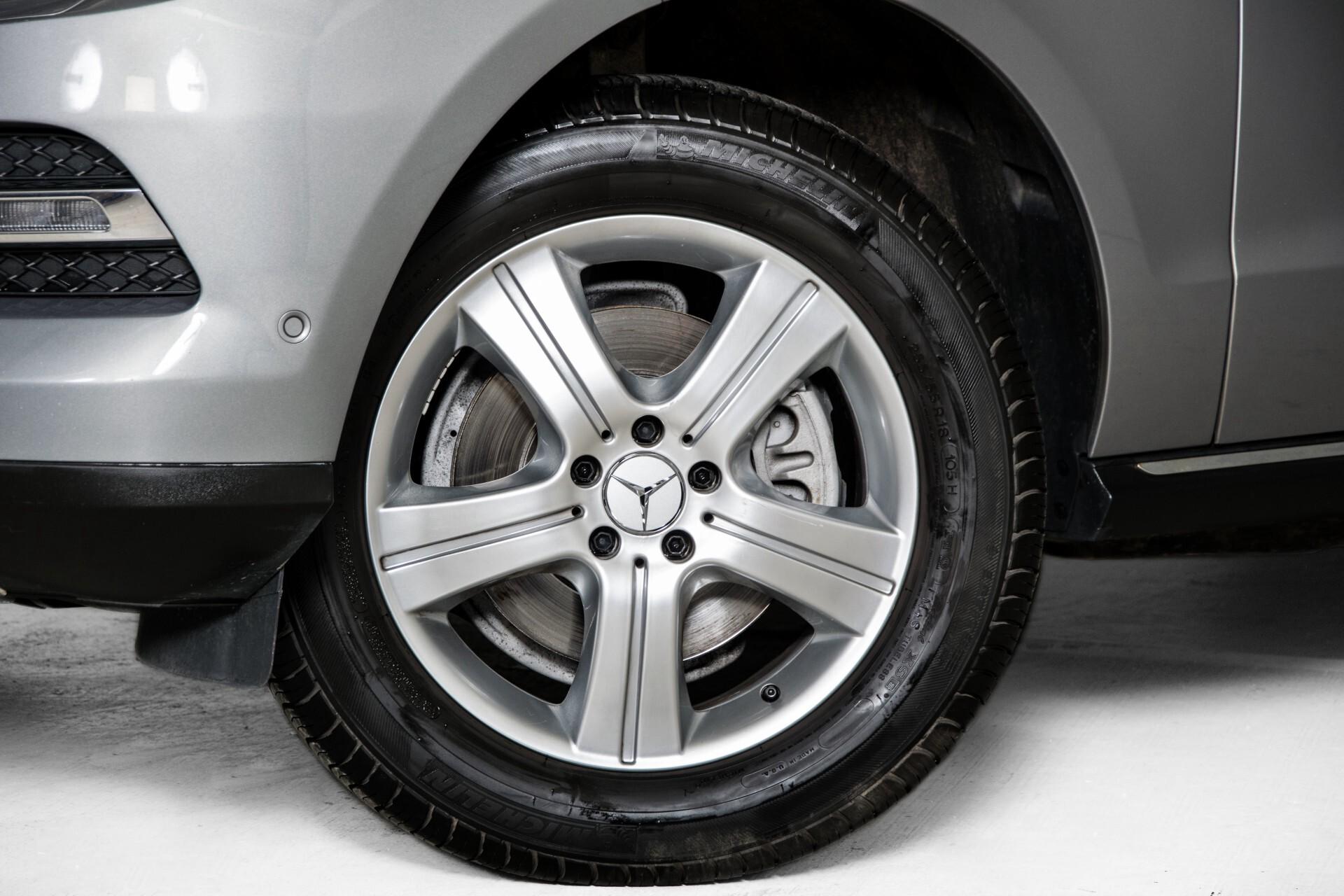 "Mercedes-Benz M-Klasse 350 Bluetec 4-M Luchtvering/Schuifdak/ILS/Wegkl-trekhaak/18"" Aut7 Foto 47"