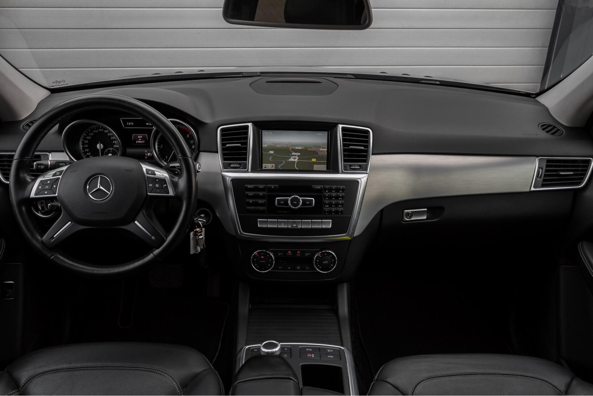 "Mercedes-Benz M-Klasse 350 Bluetec 4-M Luchtvering/Schuifdak/ILS/Wegkl-trekhaak/18"" Aut7 Foto 8"