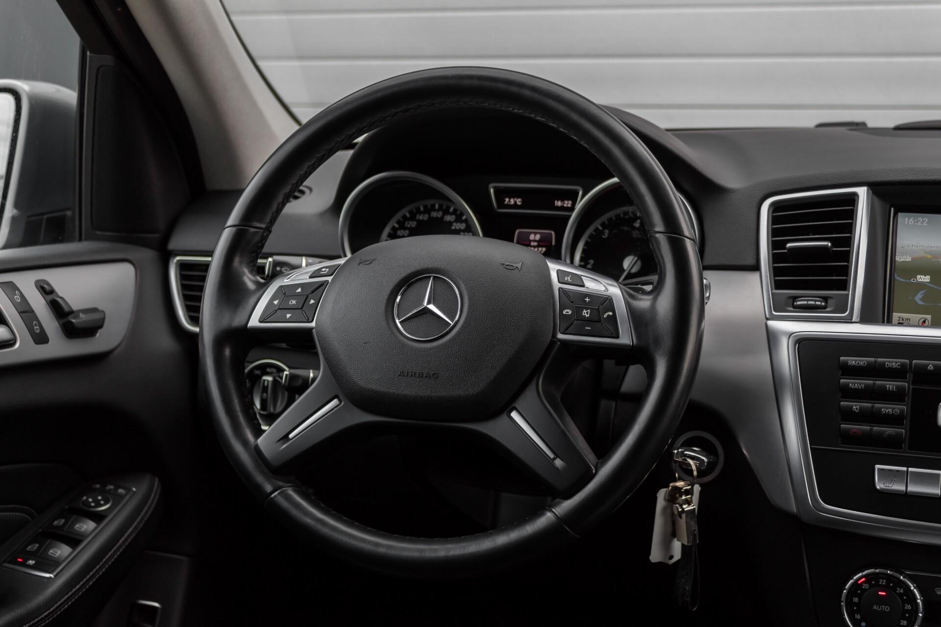 "Mercedes-Benz M-Klasse 350 Bluetec 4-M Luchtvering/Schuifdak/ILS/Wegkl-trekhaak/18"" Aut7 Foto 9"