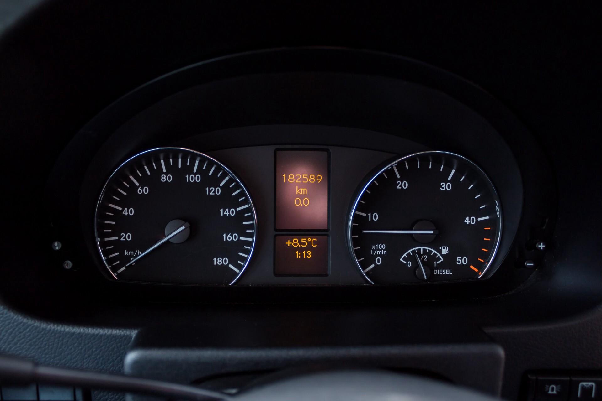 Mercedes-Benz Sprinter 518 3.0 Cdi V6 Oprijwagen / Auto ambulance 7360 kg Foto 14
