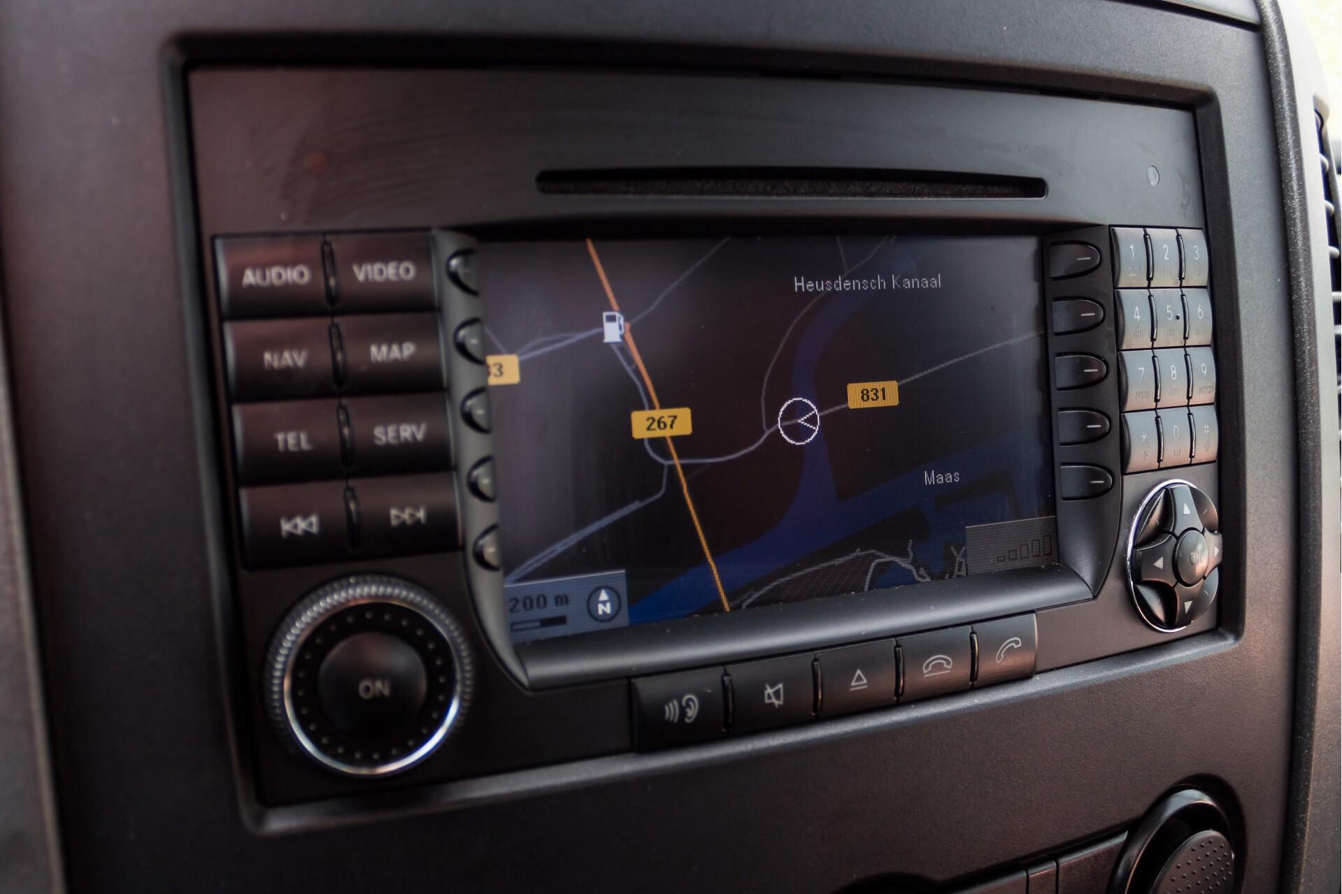Mercedes-Benz Sprinter 518 3.0 Cdi V6 Oprijwagen / Auto ambulance 7360 kg Foto 17