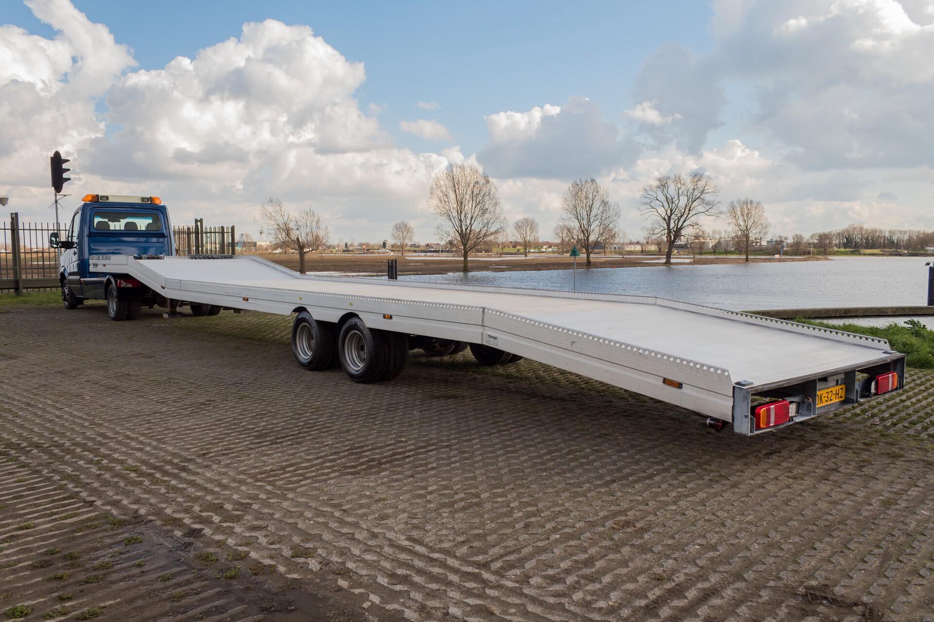 Mercedes-Benz Sprinter 518 3.0 Cdi V6 Oprijwagen / Auto ambulance 7360 kg Foto 26