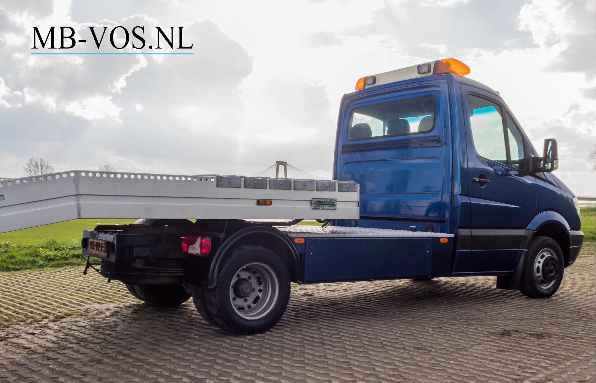 Mercedes-Benz Sprinter 518 3.0 Cdi V6 Oprijwagen / Auto ambulance 7360 kg Foto 5