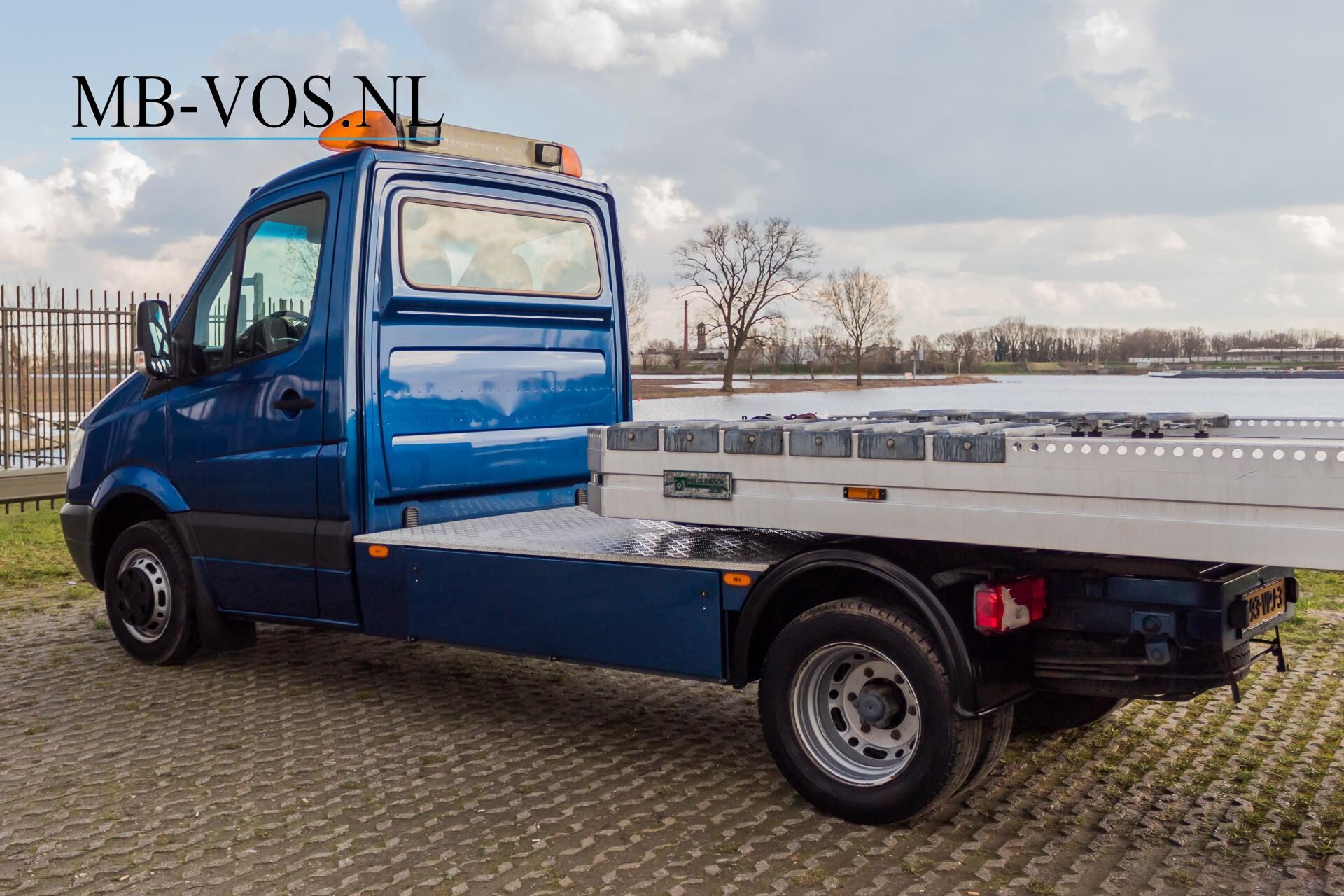 Mercedes-Benz Sprinter 518 3.0 Cdi V6 Oprijwagen / Auto ambulance 7360 kg Foto 6