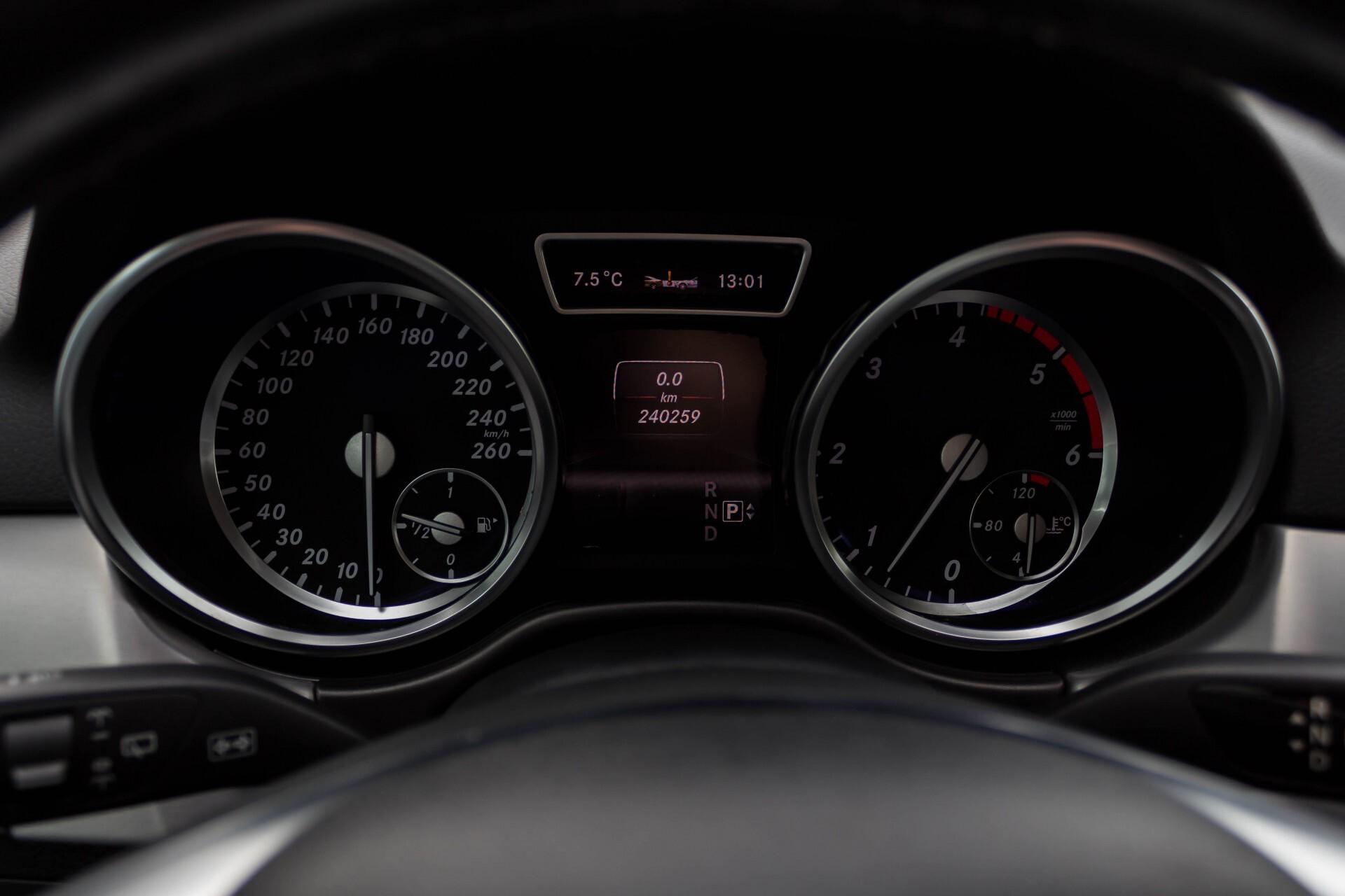 Mercedes-Benz M-Klasse 350 Bluetec 4-M Sport Luchtvering/AMG/Schuifdak/Trekhaak/ILS Aut7 Foto 12