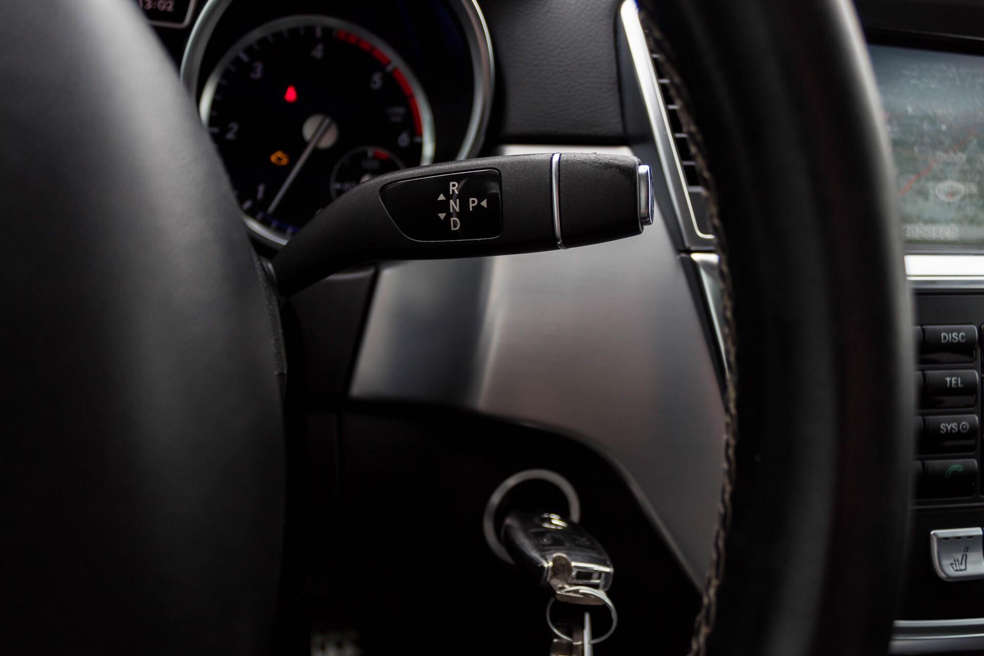 Mercedes-Benz M-Klasse 350 Bluetec 4-M Sport Luchtvering/AMG/Schuifdak/Trekhaak/ILS Aut7 Foto 13