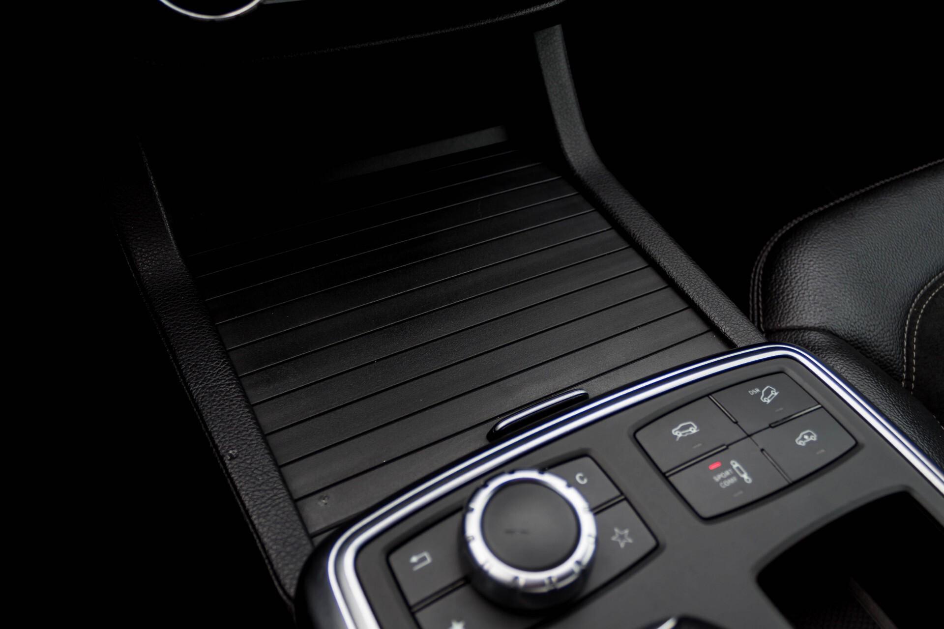 Mercedes-Benz M-Klasse 350 Bluetec 4-M Sport Luchtvering/AMG/Schuifdak/Trekhaak/ILS Aut7 Foto 19