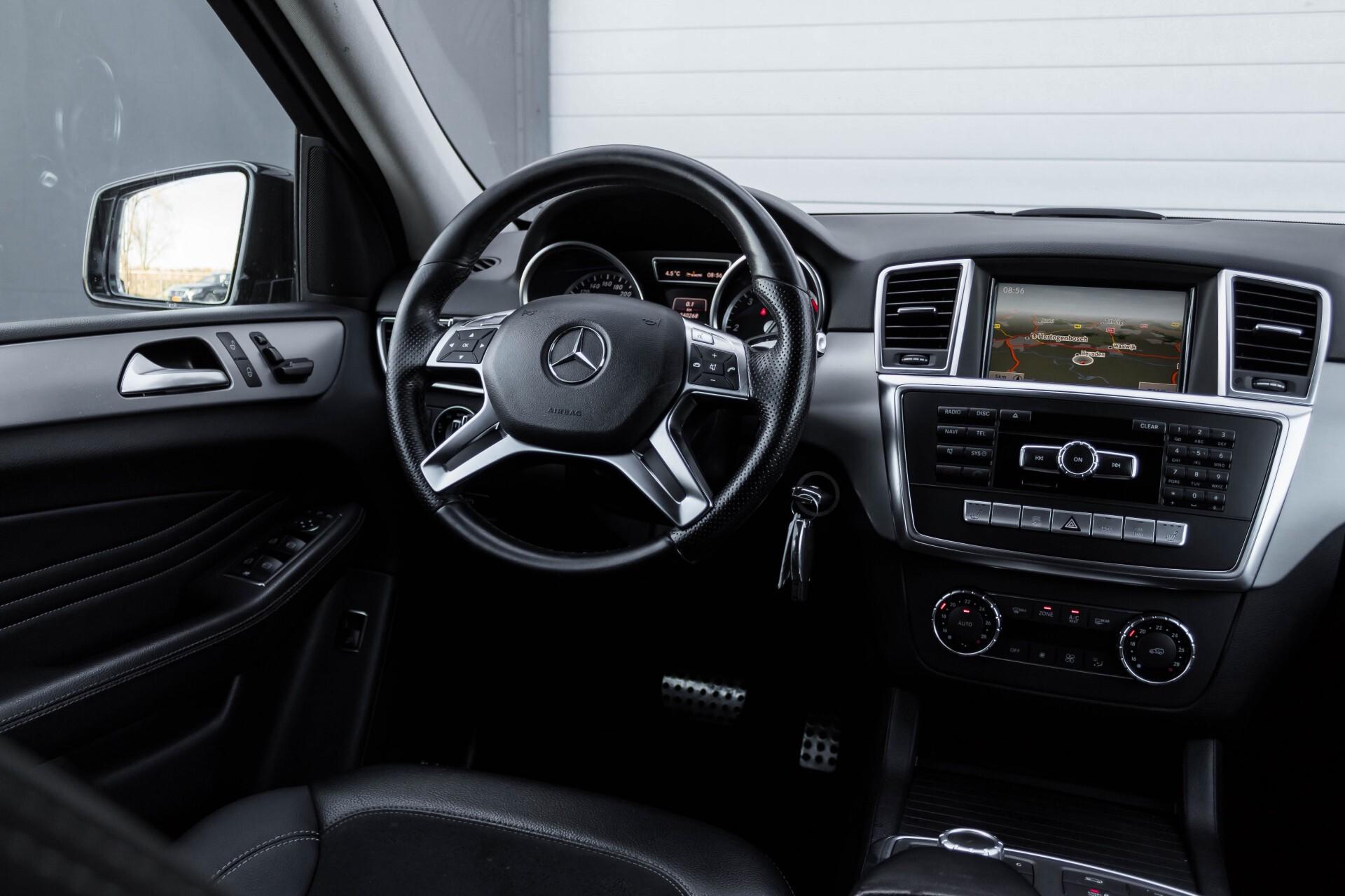 Mercedes-Benz M-Klasse 350 Bluetec 4-M Sport Luchtvering/AMG/Schuifdak/Trekhaak/ILS Aut7 Foto 7