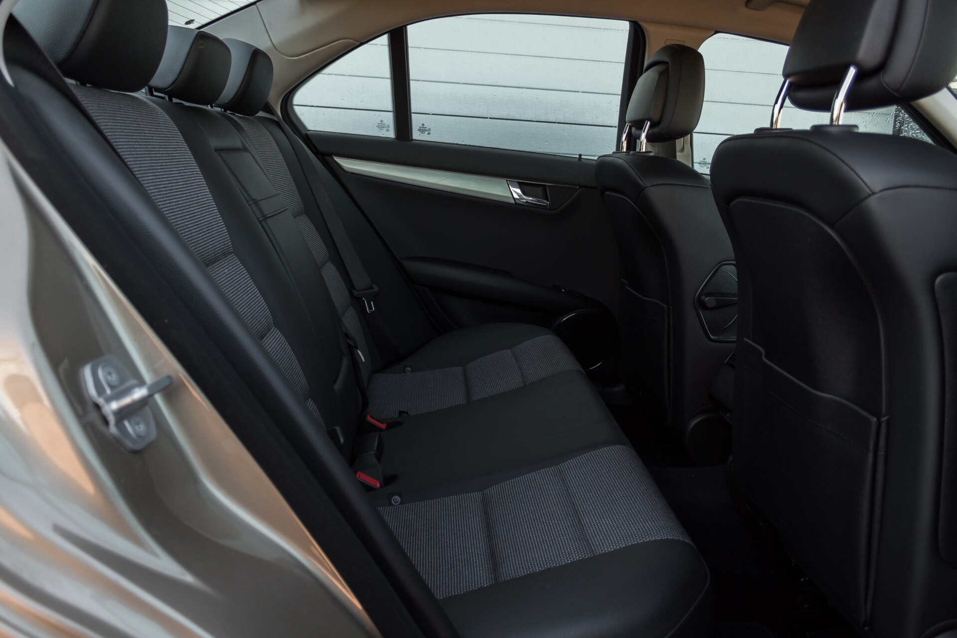Mercedes-Benz C-Klasse 180 K Avantgarde 1ste eigenaar/NL geleverd/Dealer onderhouden/Volledig gedocumenteerd Foto 4