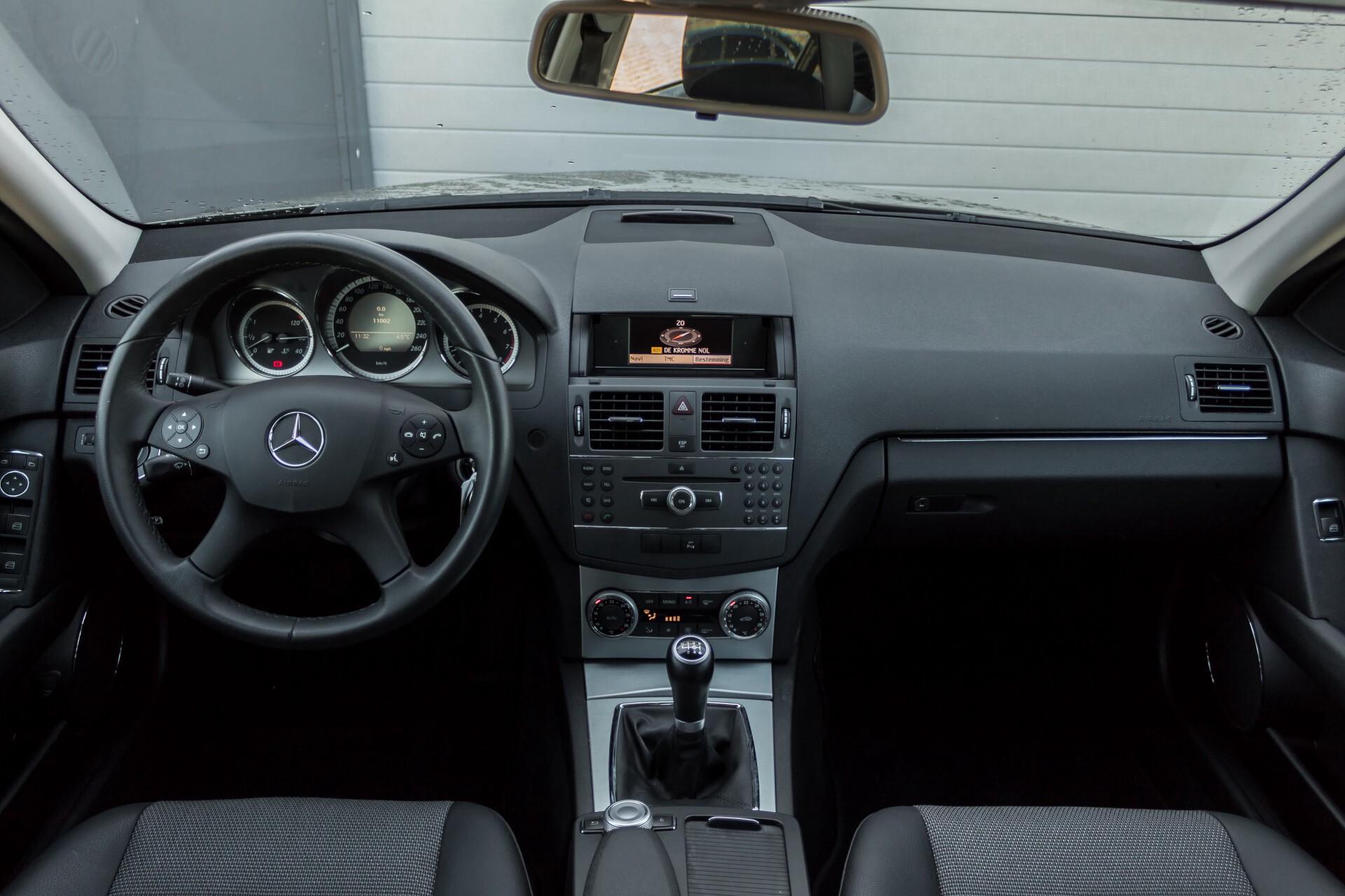 Mercedes-Benz C-Klasse 180 K Avantgarde 1ste eigenaar/NL geleverd/Dealer onderhouden/Volledig gedocumenteerd Foto 7
