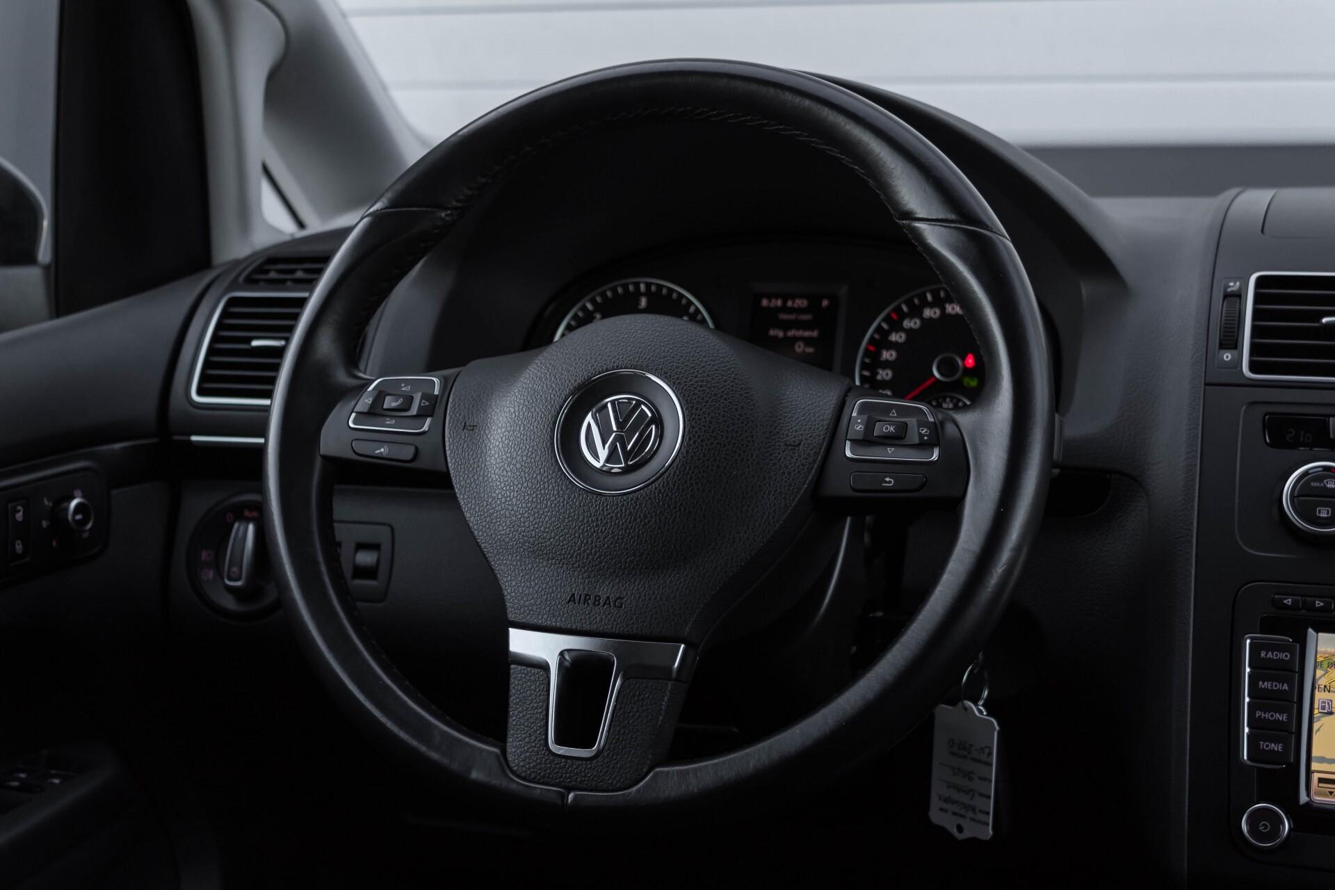 Volkswagen Touran 2.0 TDI Highline 7Persoons 177pk Panorama/Leder/Navi/Camera/Verw-Stln/Trhk/ECC/Xenon Aut Foto 10