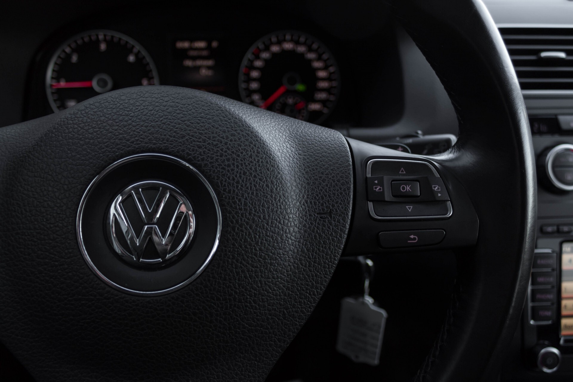 Volkswagen Touran 2.0 TDI Highline 7Persoons 177pk Panorama/Leder/Navi/Camera/Verw-Stln/Trhk/ECC/Xenon Aut Foto 15
