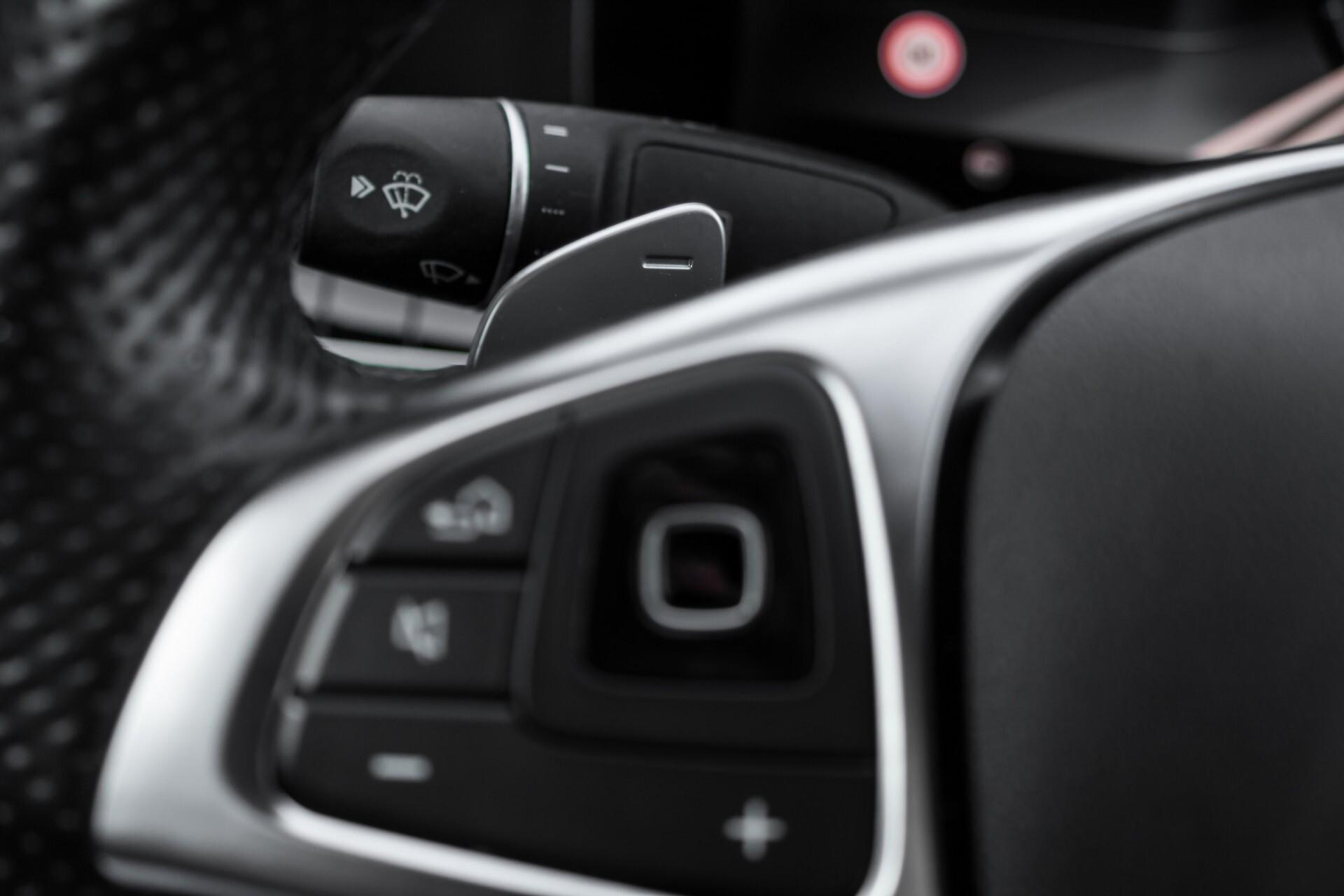 Mercedes-Benz E-Klasse 220 d AMG Night Distronic/Widescreen/Burmester/Schuifdak/Standkachel Aut9 Foto 10