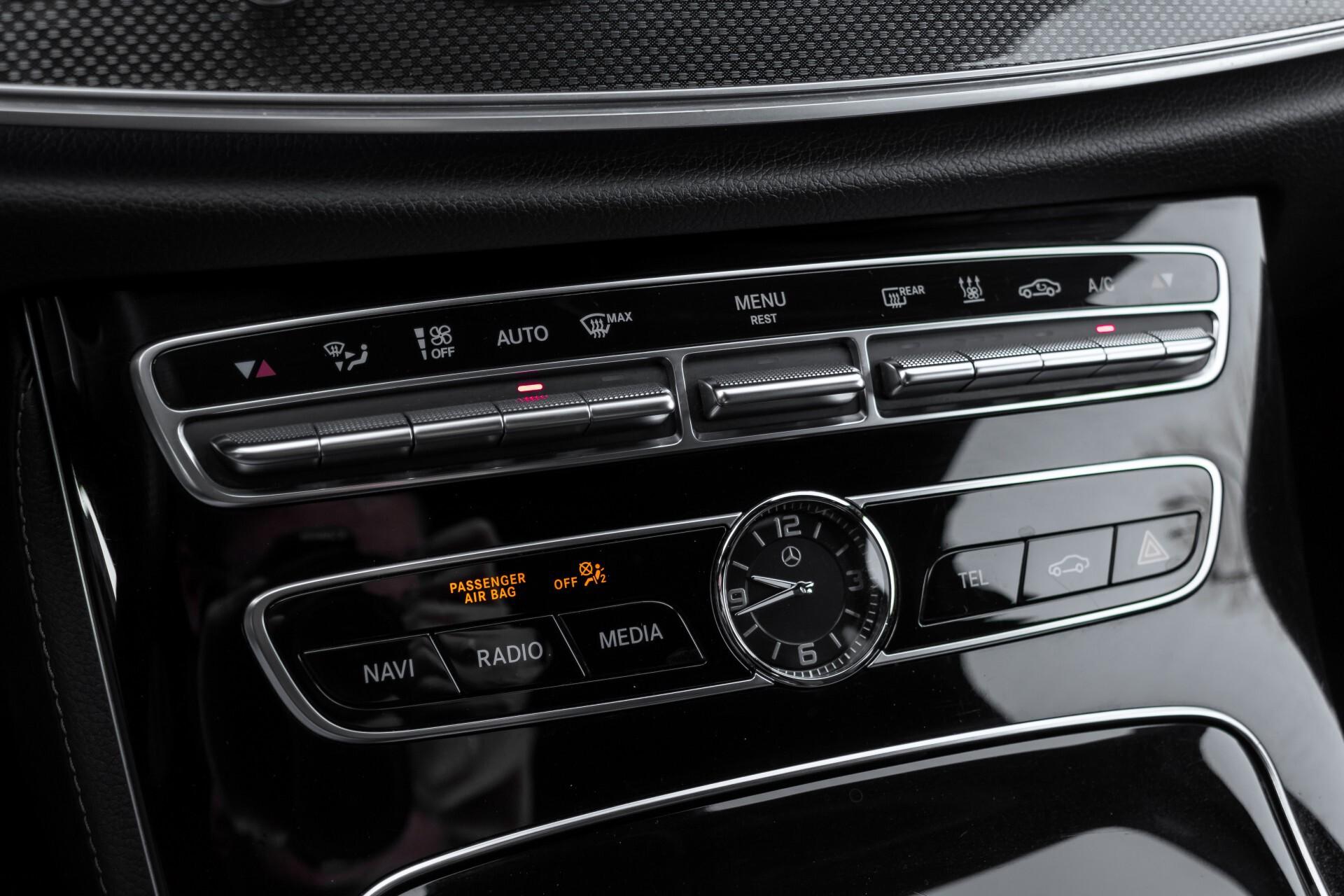 Mercedes-Benz E-Klasse 220 d AMG Night Distronic/Widescreen/Burmester/Schuifdak/Standkachel Aut9 Foto 18