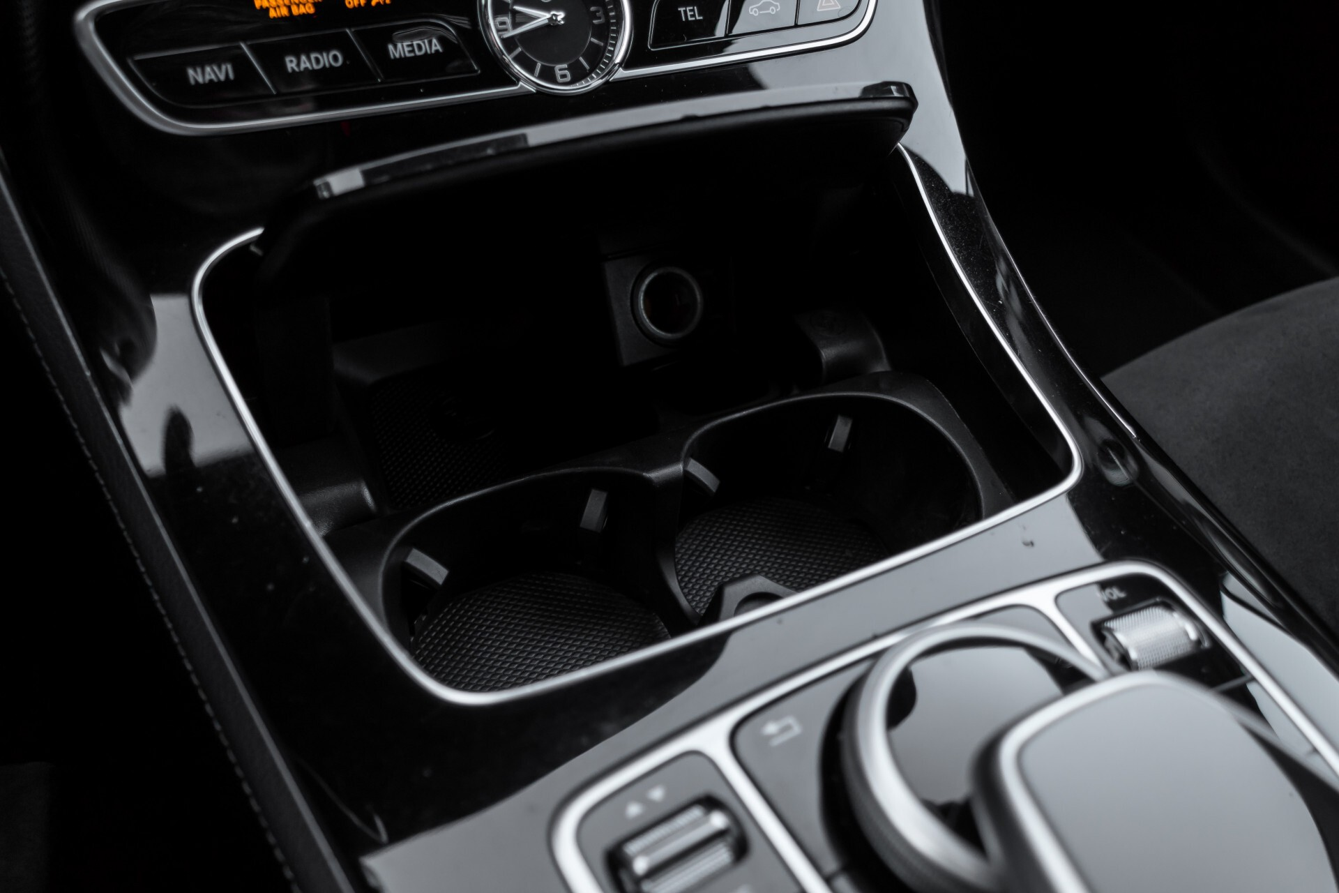 Mercedes-Benz E-Klasse 220 d AMG Night Distronic/Widescreen/Burmester/Schuifdak/Standkachel Aut9 Foto 20