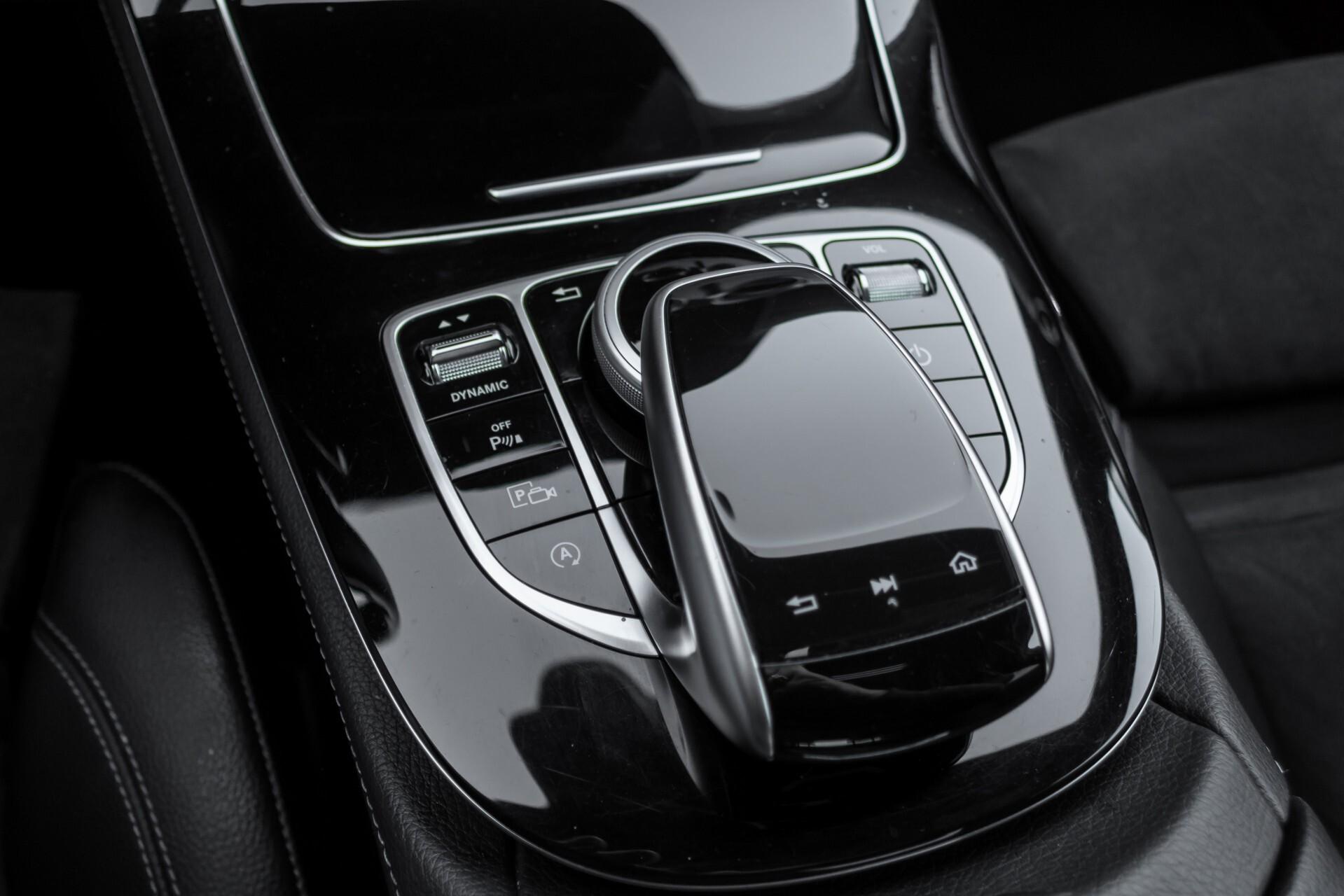 Mercedes-Benz E-Klasse 220 d AMG Night Distronic/Widescreen/Burmester/Schuifdak/Standkachel Aut9 Foto 24