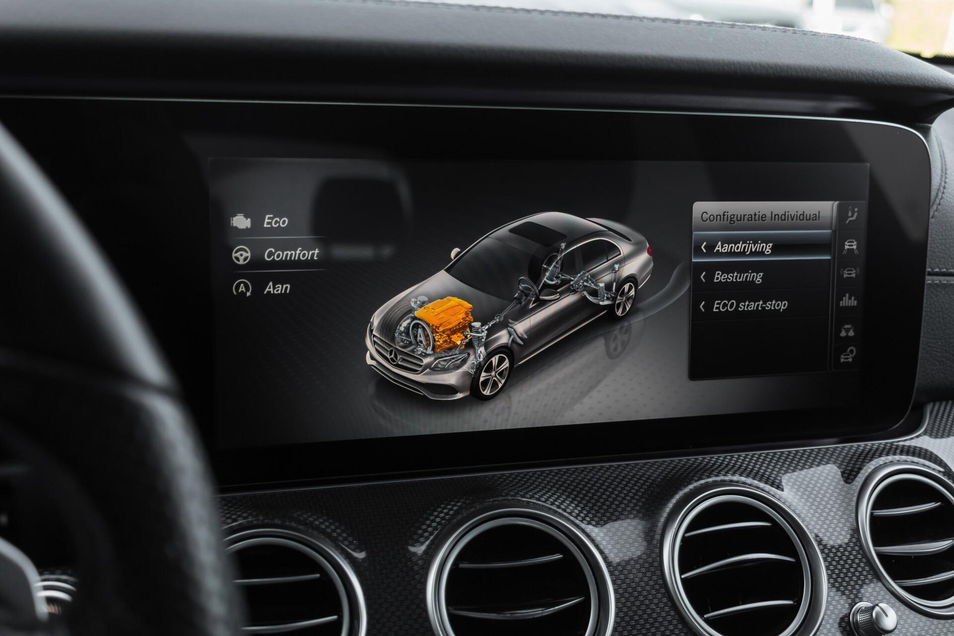 Mercedes-Benz E-Klasse 220 d AMG Night Distronic/Widescreen/Burmester/Schuifdak/Standkachel Aut9 Foto 25