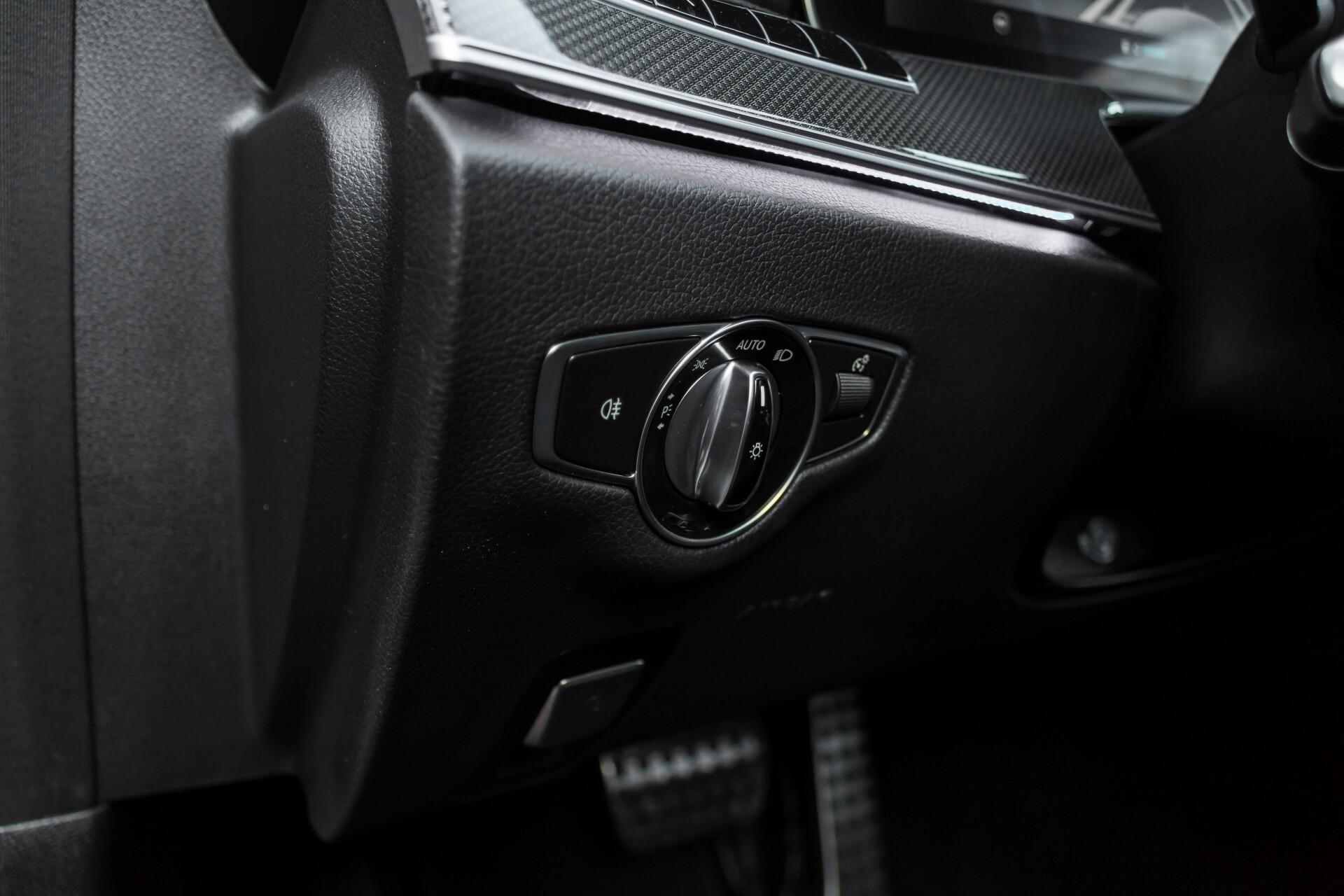 Mercedes-Benz E-Klasse 220 d AMG Night Distronic/Widescreen/Burmester/Schuifdak/Standkachel Aut9 Foto 27