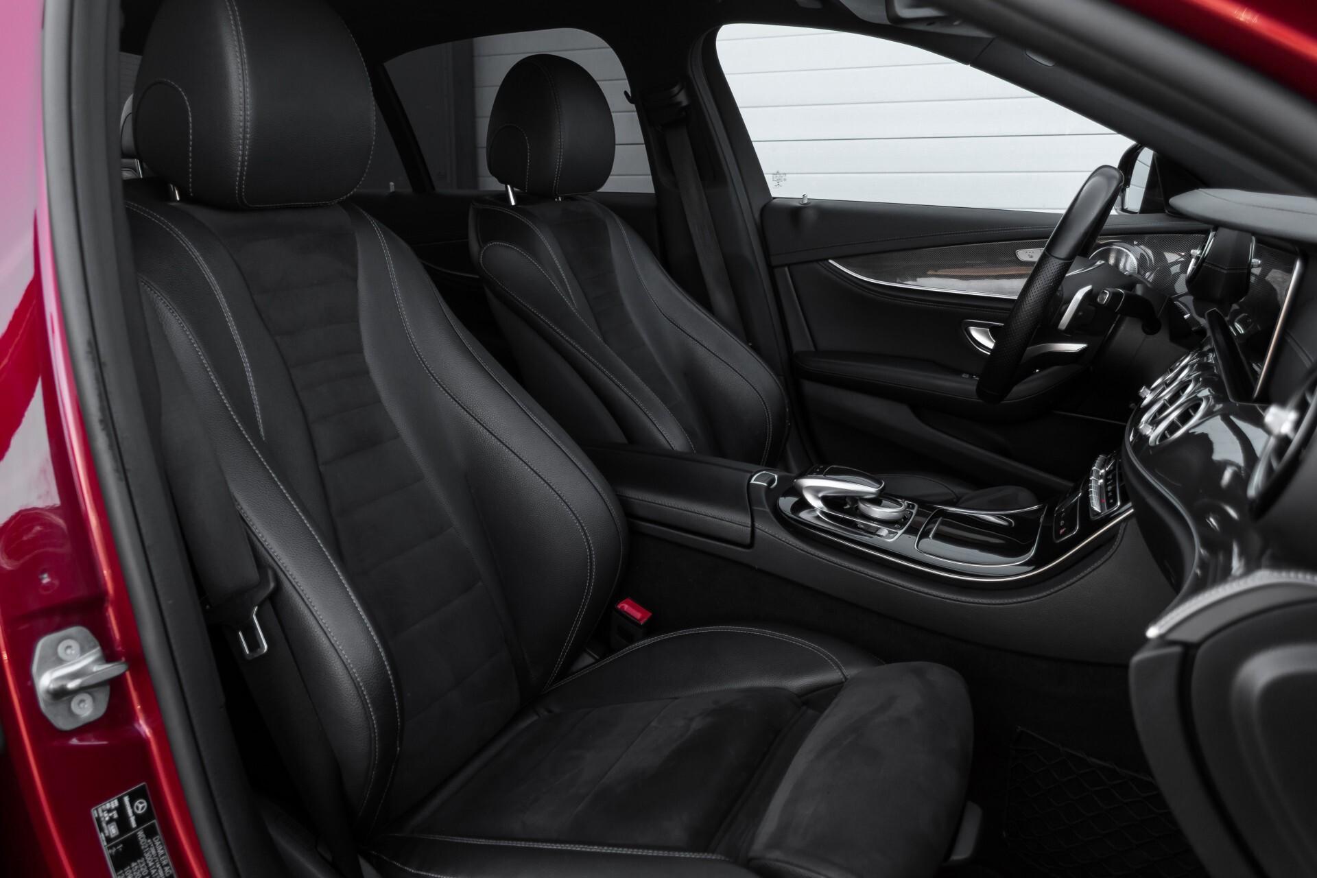 Mercedes-Benz E-Klasse 220 d AMG Night Distronic/Widescreen/Burmester/Schuifdak/Standkachel Aut9 Foto 3