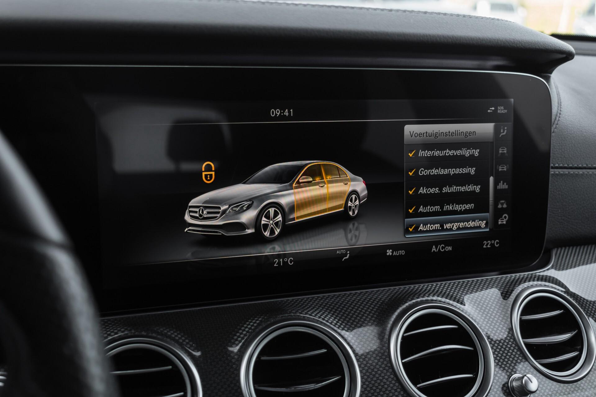 Mercedes-Benz E-Klasse 220 d AMG Night Distronic/Widescreen/Burmester/Schuifdak/Standkachel Aut9 Foto 30