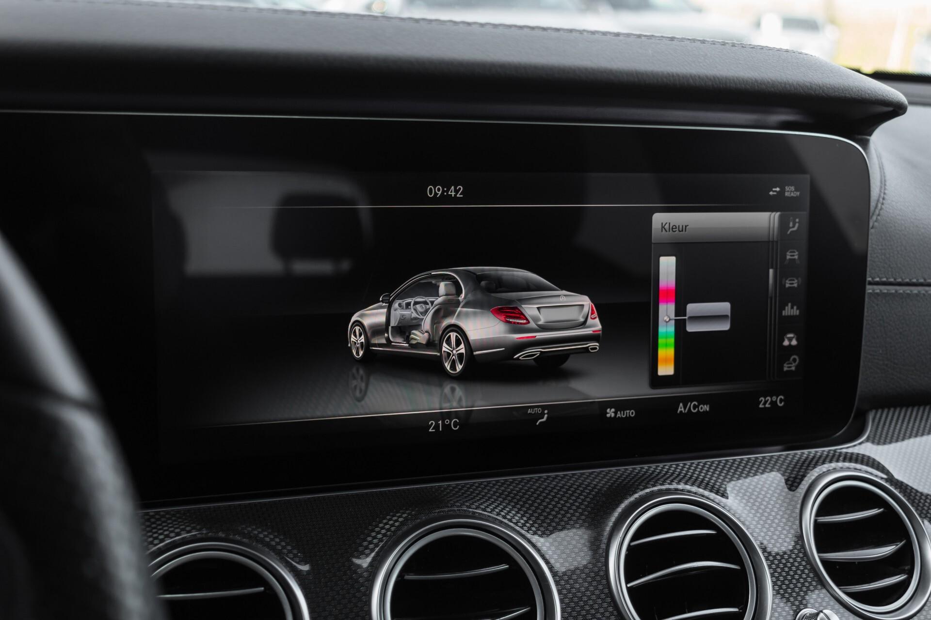 Mercedes-Benz E-Klasse 220 d AMG Night Distronic/Widescreen/Burmester/Schuifdak/Standkachel Aut9 Foto 32
