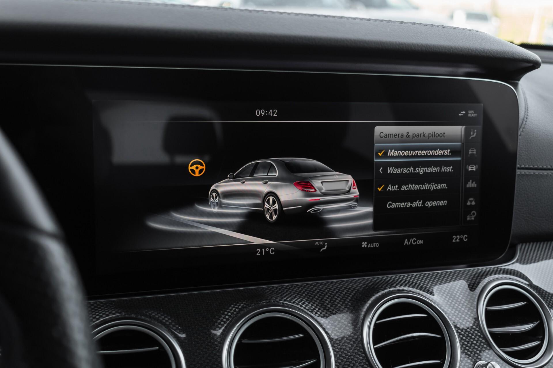 Mercedes-Benz E-Klasse 220 d AMG Night Distronic/Widescreen/Burmester/Schuifdak/Standkachel Aut9 Foto 34